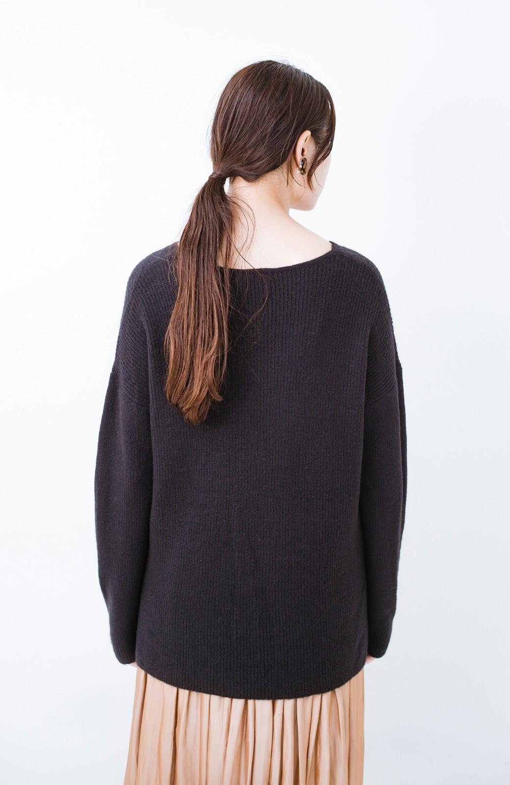 haco!  パッと着てさりげなく女っぽい 便利なシンプルVネックニット <ブラック>の商品写真11