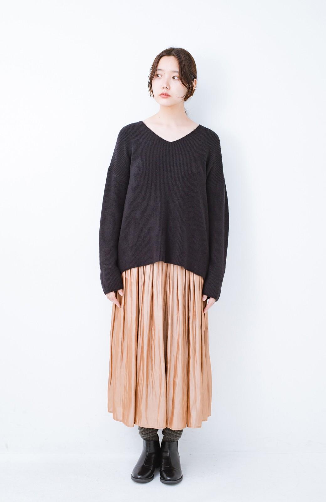 haco!  パッと着てさりげなく女っぽい 便利なシンプルVネックニット <ブラック>の商品写真8