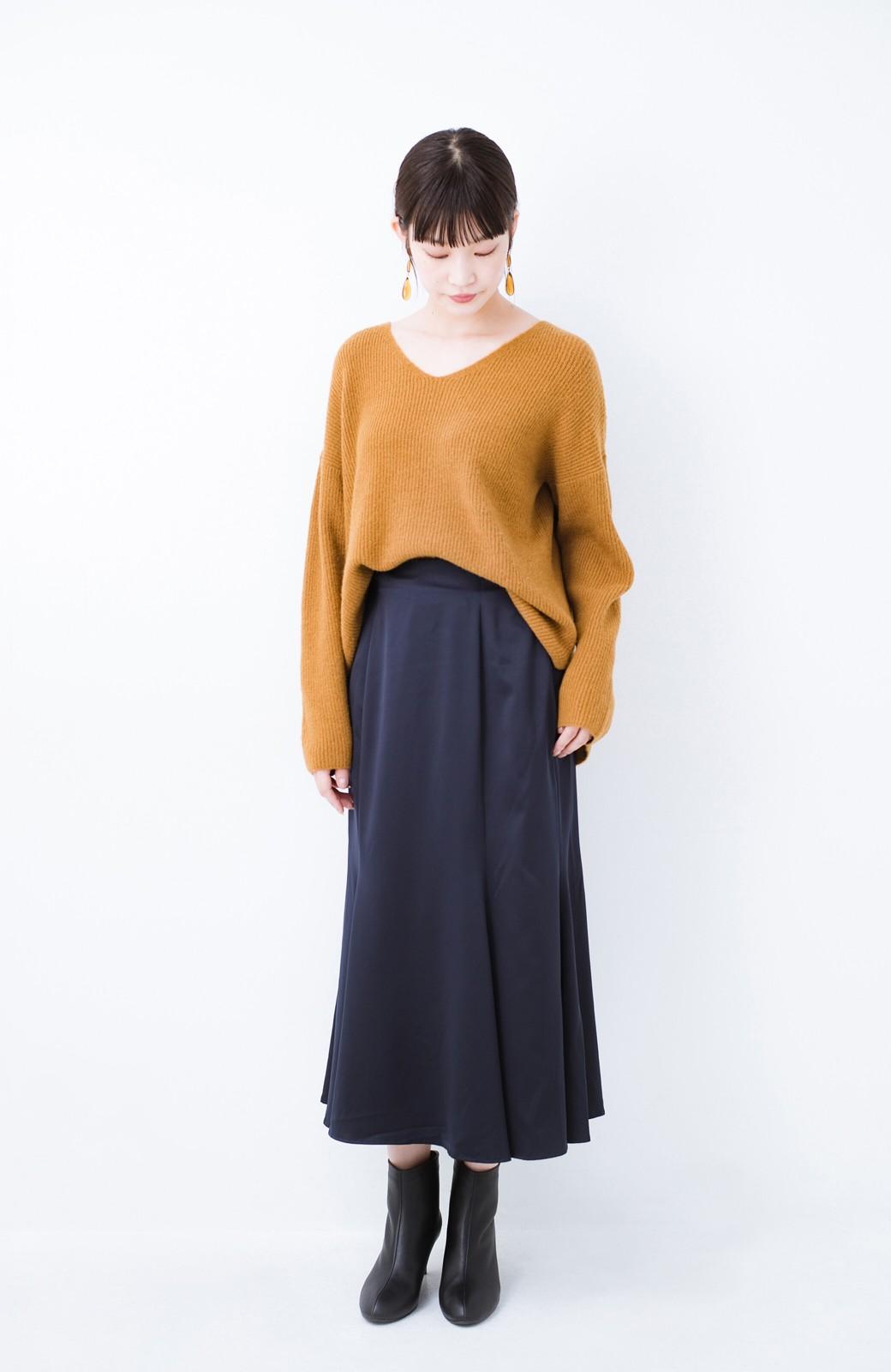 haco!  パッと着てさりげなく女っぽい 便利なシンプルVネックニット <キャメル>の商品写真9