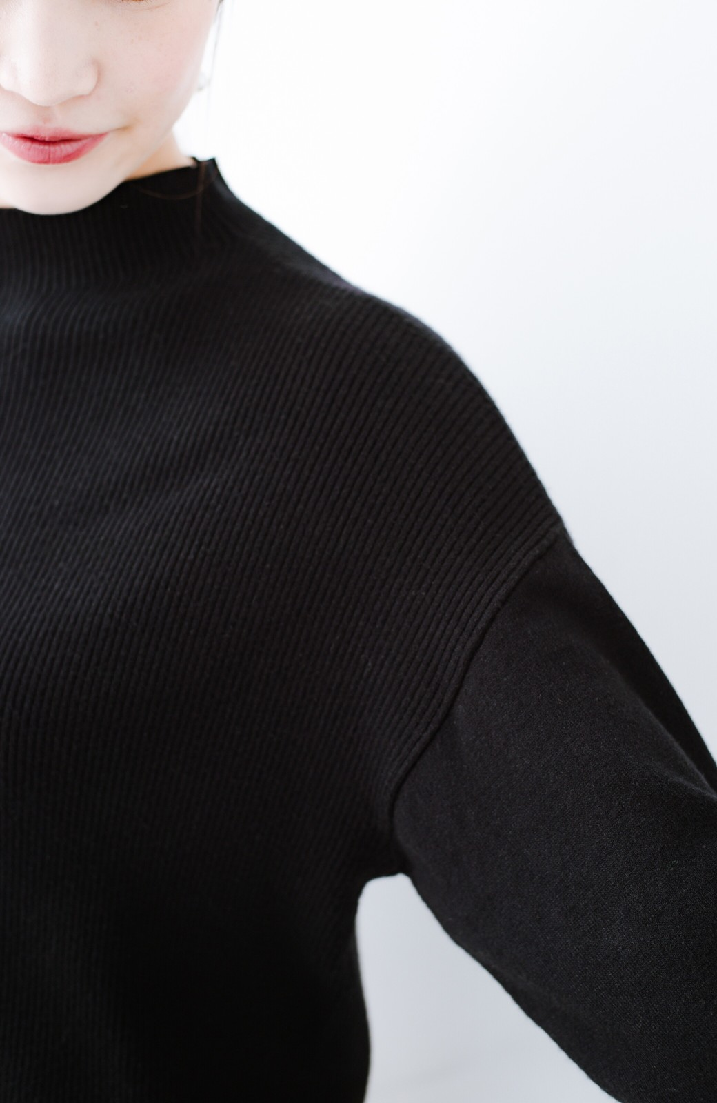 haco! 気になるところをそっと隠してくれる便利なリブニット <ブラック>の商品写真4