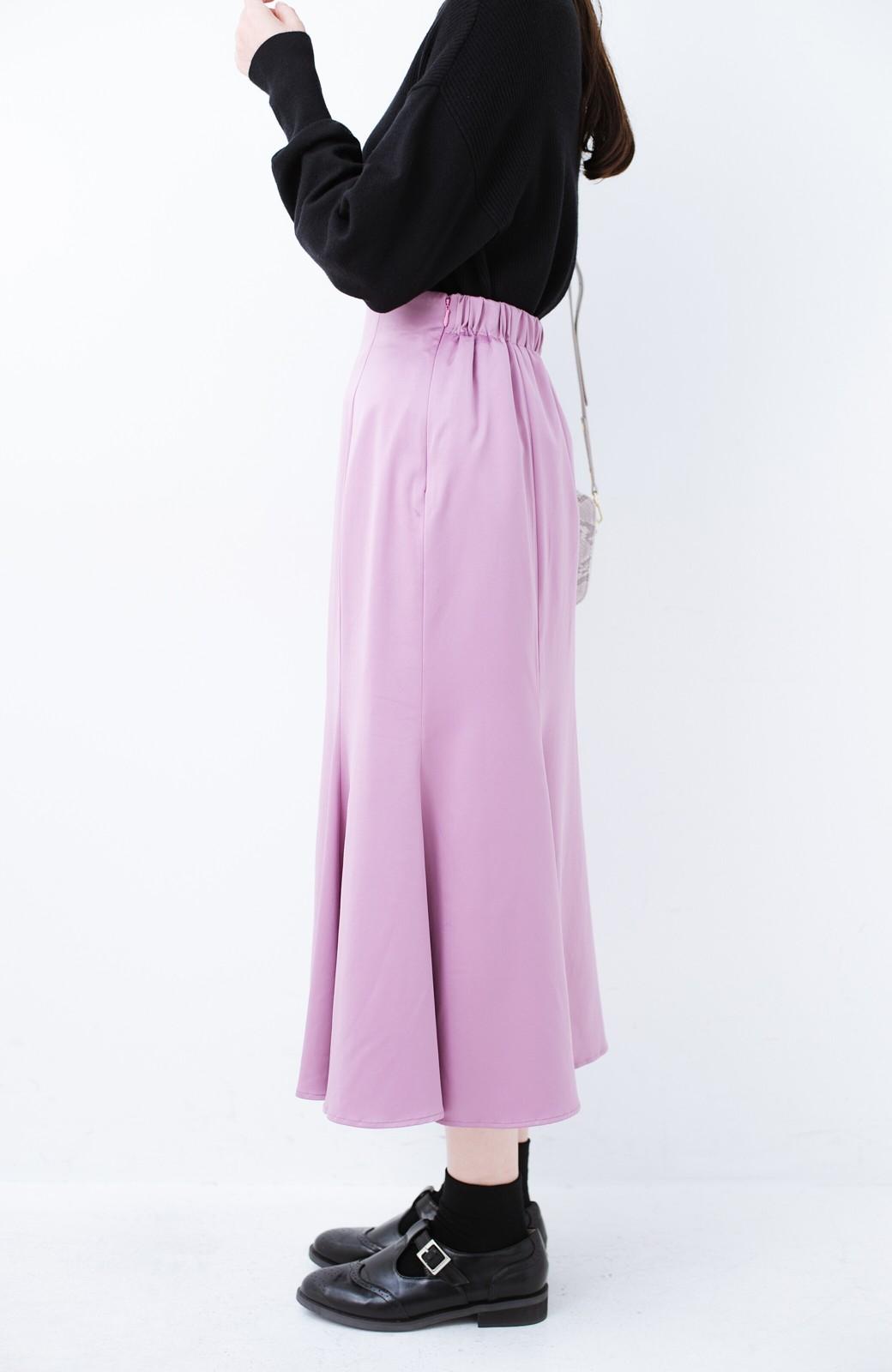 haco! スウェットやスニーカーを合わせても女っぽくいられるサテンマーメイドスカート by que made me <ピンク>の商品写真12