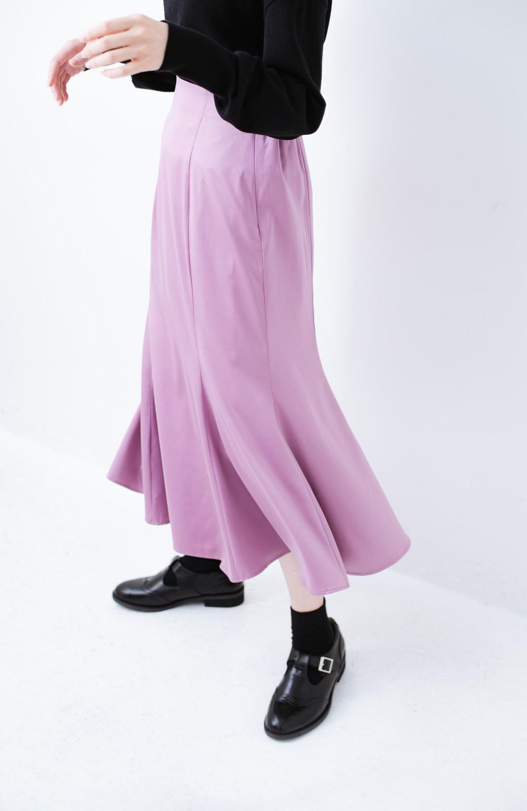 haco! スウェットやスニーカーを合わせても女っぽくいられるサテンマーメイドスカート by que made me <ピンク>の商品写真6