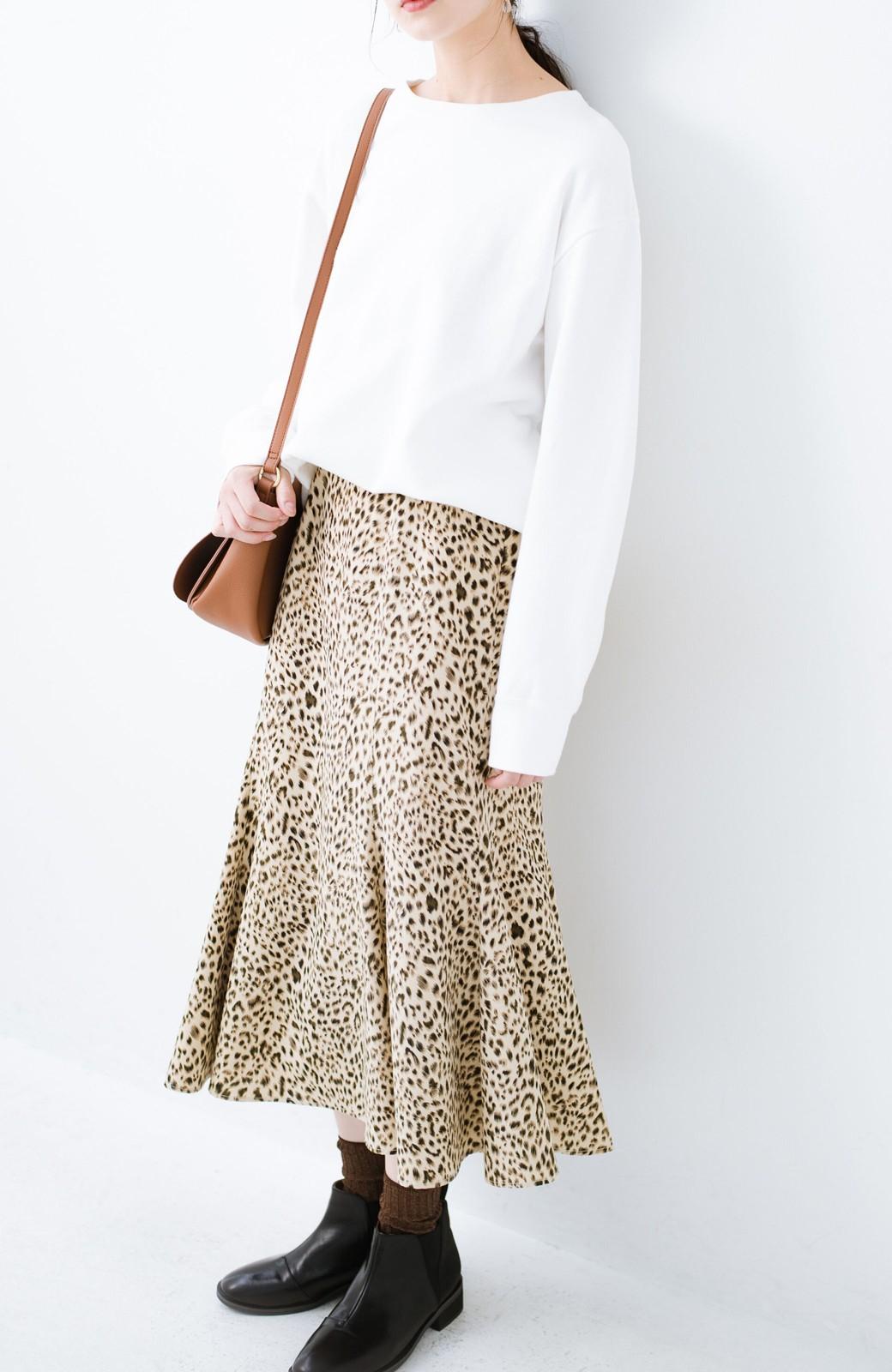 haco! スウェットやスニーカーを合わせても女っぽくいられるサテンマーメイドスカート by que made me <レオパード>の商品写真12