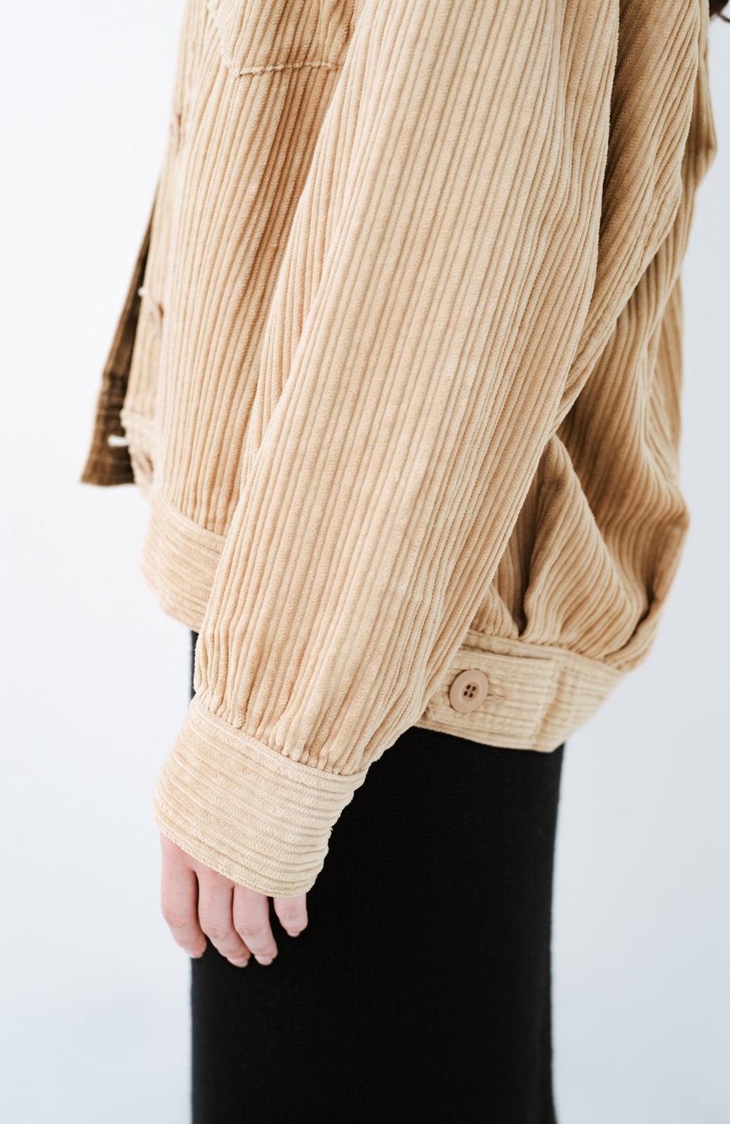haco! パッと羽織って今っぽオシャレに見える コーデュロイジャケット <ベージュ>の商品写真8