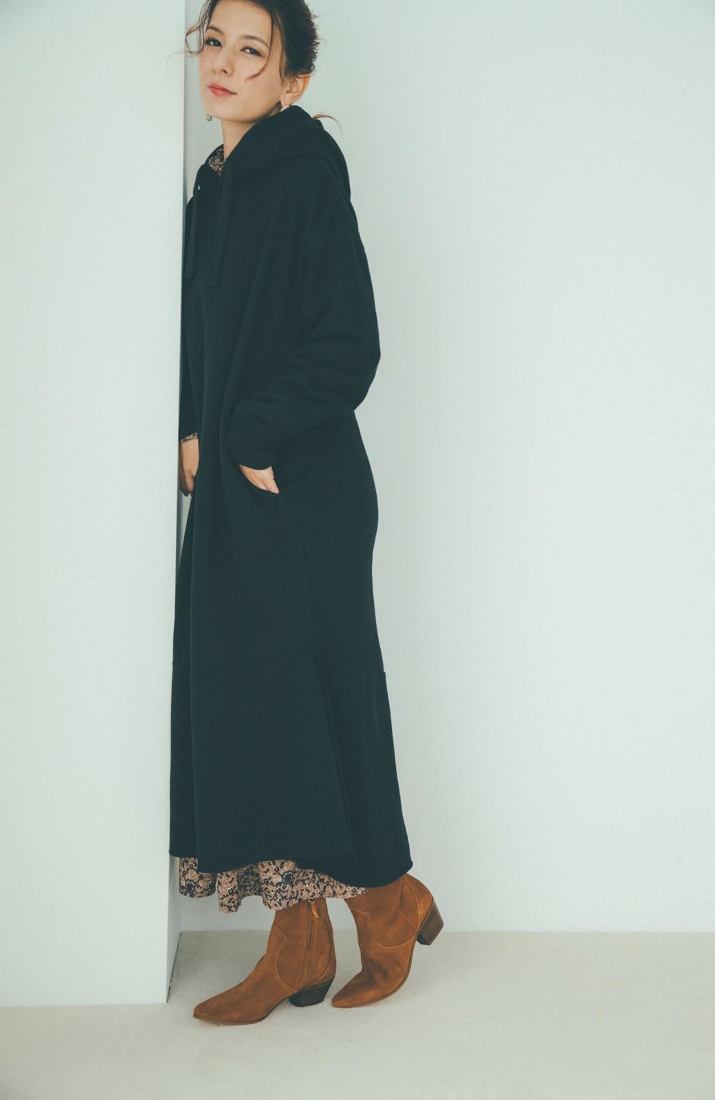 haco! 【スザンヌさんコラボ】ペプラムシルエットのスウェットパーカーワンピース by LOVE&PEACE PROJECT <ブラック>の商品写真17