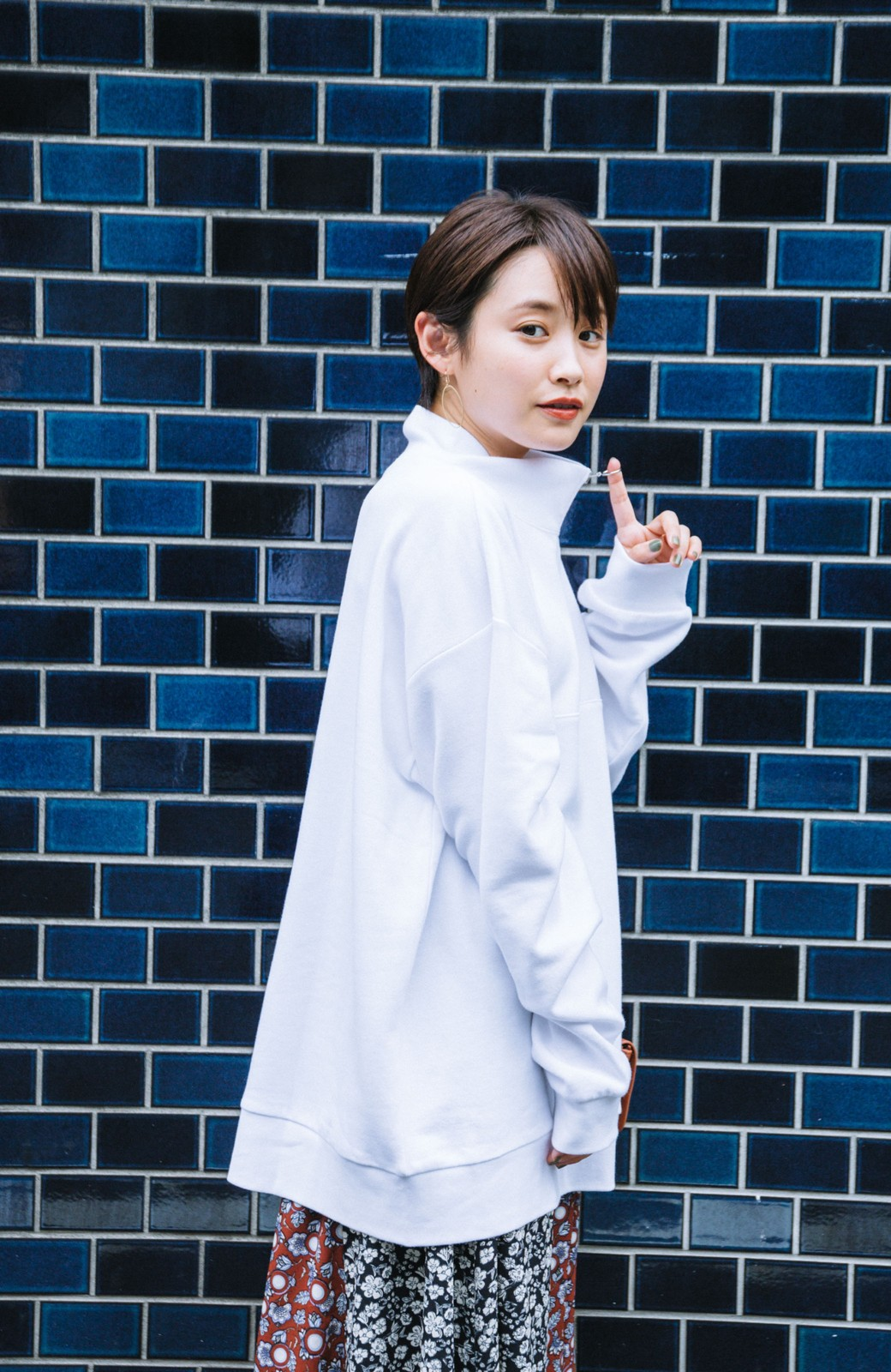 haco! 【高橋愛さんコラボ】スタンドカラーのアノラックスウェットトップス<メンズ> by LOVE&PEACE PROJECT <ホワイト>の商品写真6