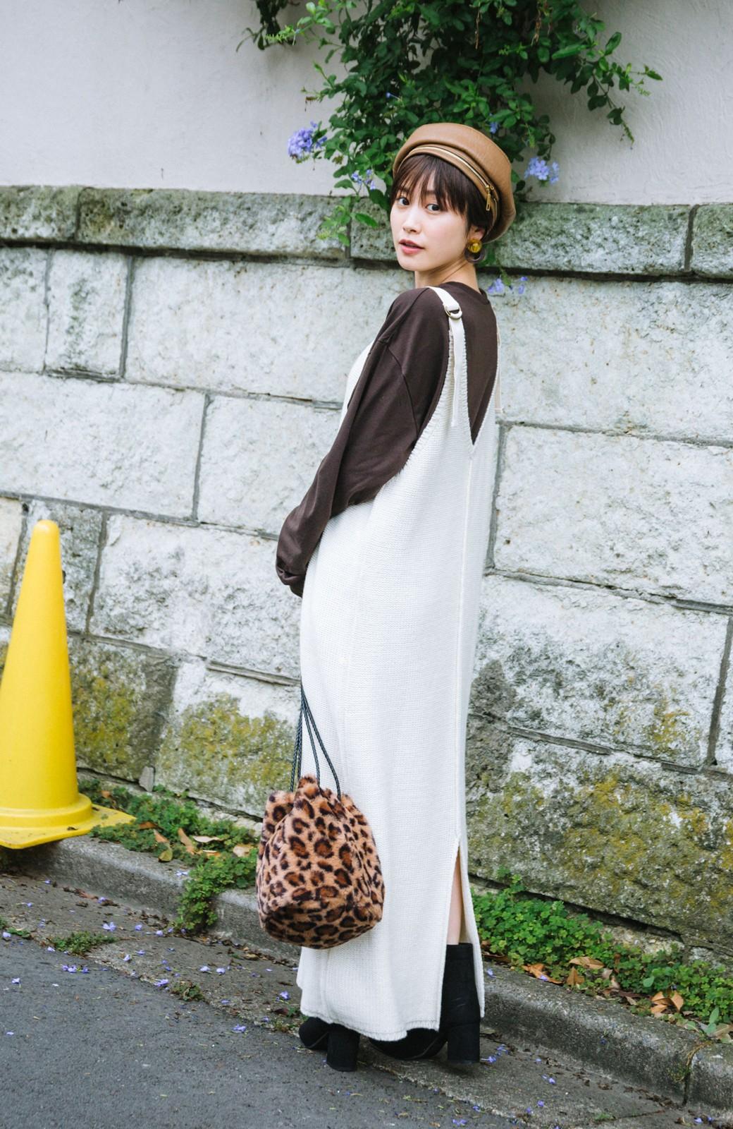 haco! 【高橋愛さんコラボ】ニットジャンパースカートとロングTシャツセット by LOVE&PEACE PROJECT <アイボリー>の商品写真3