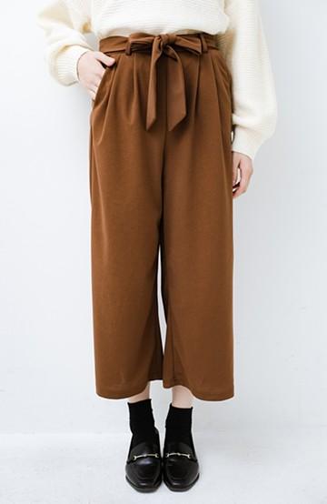 haco! きれいに見えて実は動きやすい!とにかく便利な短め丈パンツ by Nohea <ライトブラウン>の商品写真