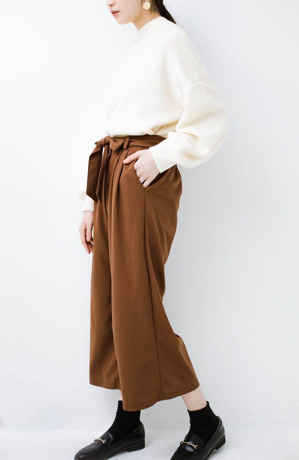 haco! きれいに見えて実は動きやすい!とにかく便利な短め丈パンツ by Nohea <ライトブラウン>の商品写真18