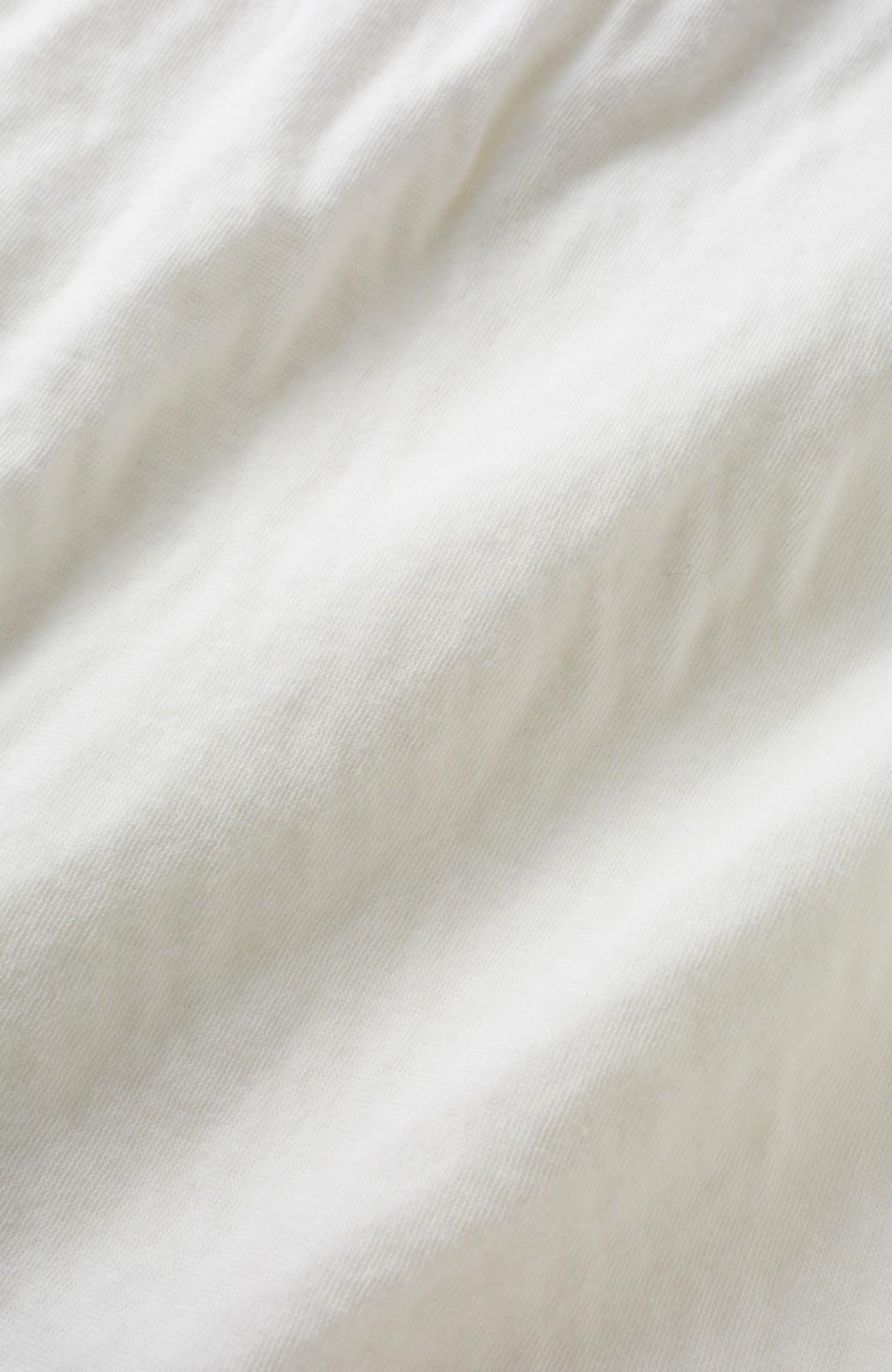 haco! PBP 重ね着にも単品でも便利!生地を2枚重ねた接結素材が気持ちいいビッグタートルカットソートップス <ホワイト>の商品写真3