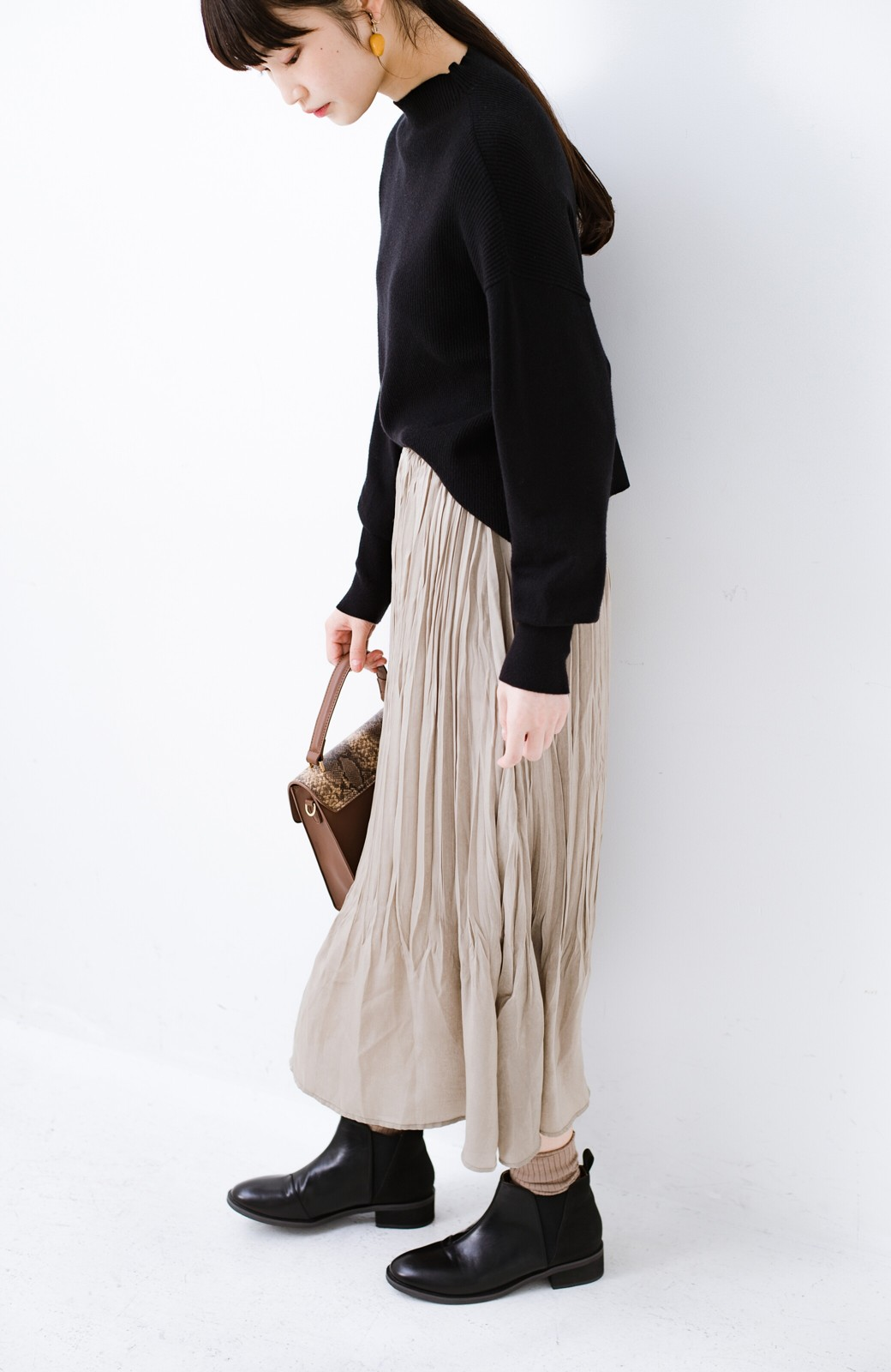 haco!  1枚でかわいいのはもちろん ワンピースとの重ね着にも便利なプリーツスカート <ライトグレー>の商品写真6