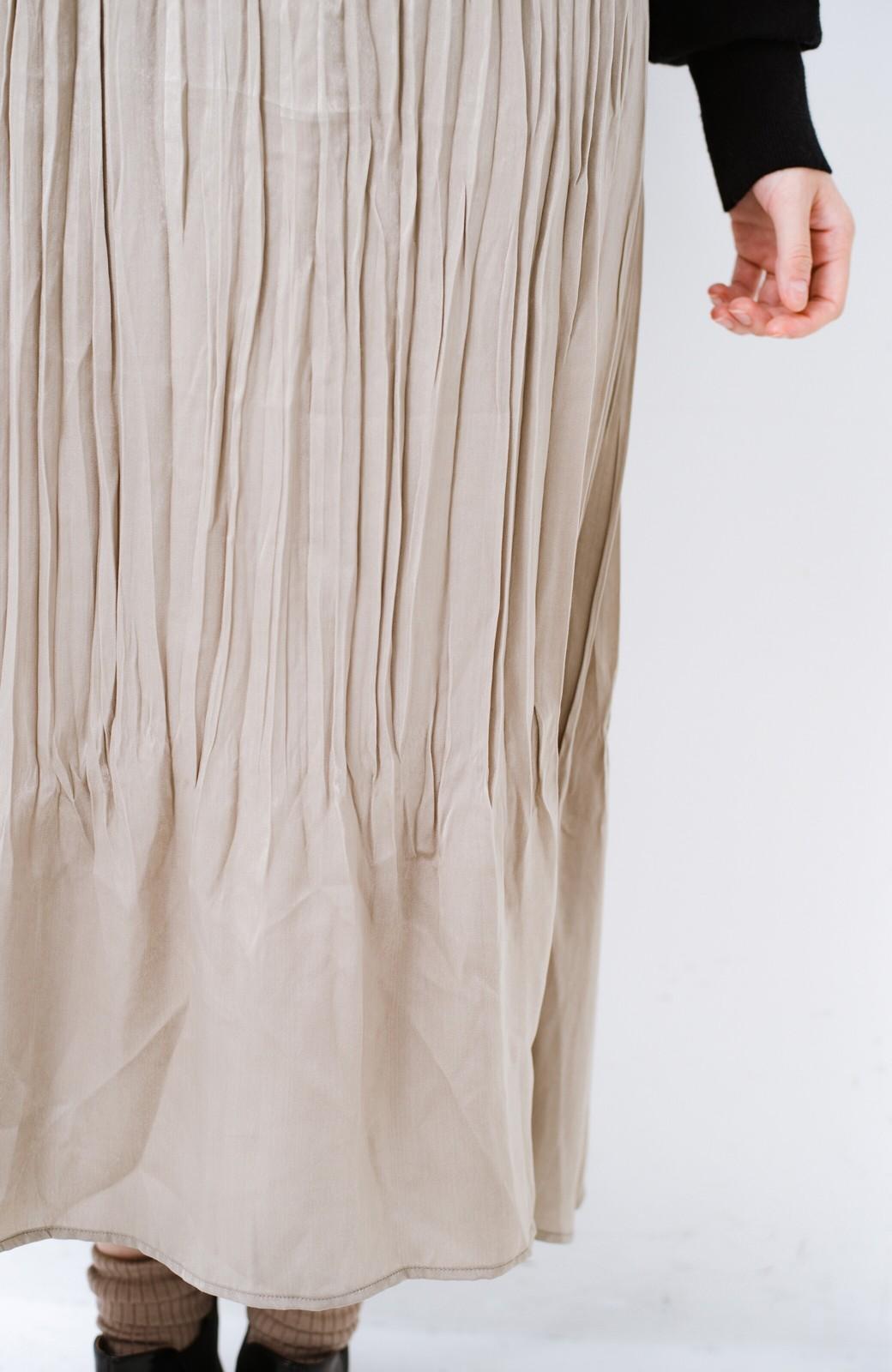 haco!  1枚でかわいいのはもちろん ワンピースとの重ね着にも便利なプリーツスカート <ライトグレー>の商品写真4