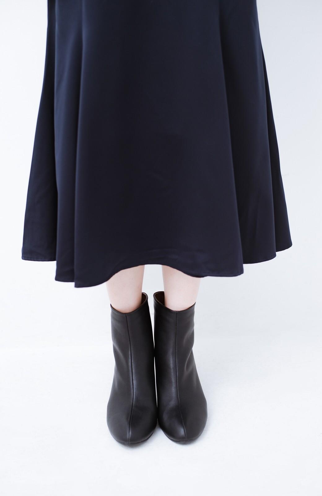 haco! これを履いたらパッと女っぽくなれちゃう便利なショートブーツ <ブラック>の商品写真6