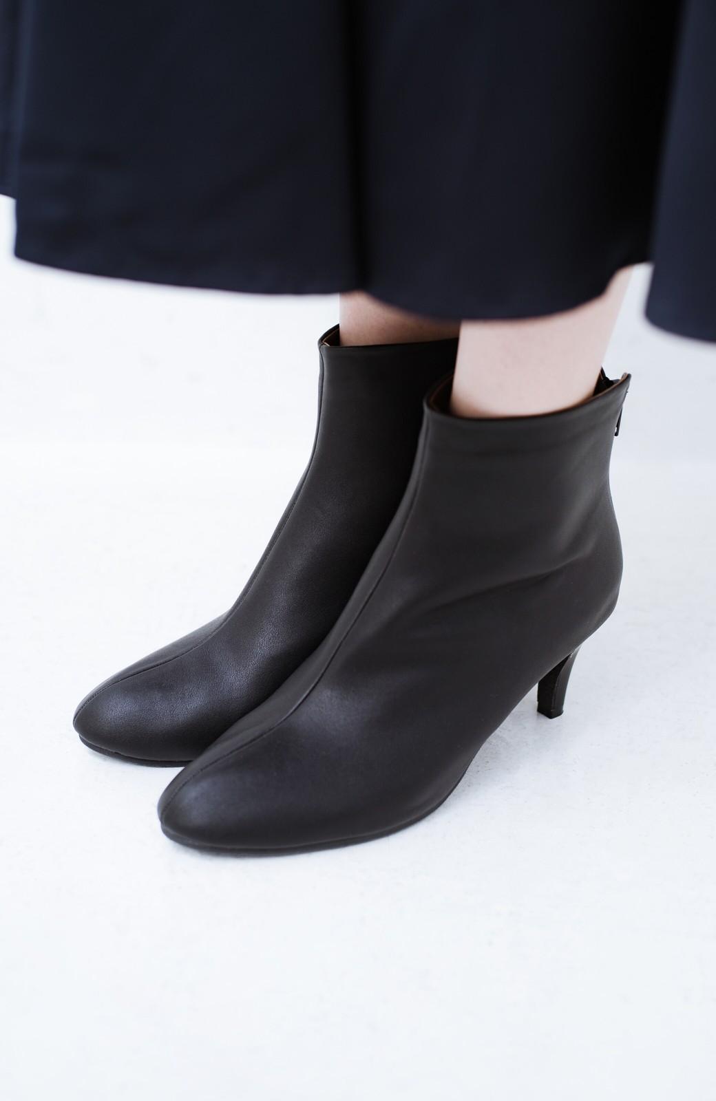 haco! これを履いたらパッと女っぽくなれちゃう便利なショートブーツ <ブラック>の商品写真1