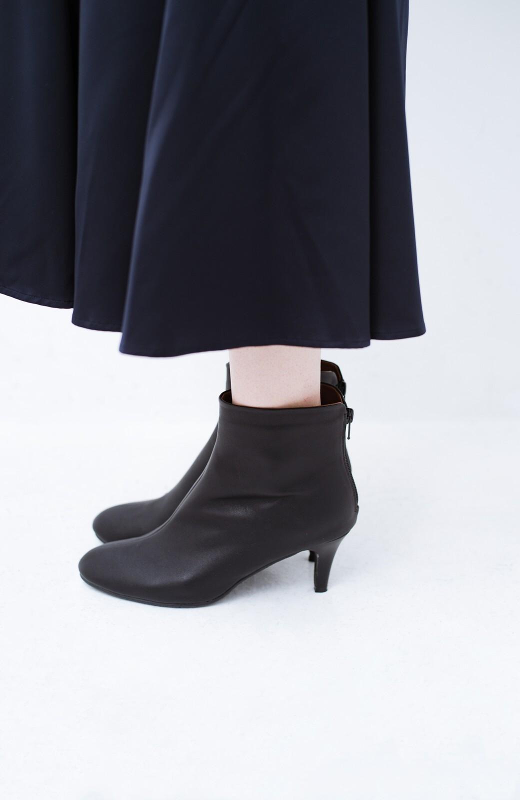 haco! これを履いたらパッと女っぽくなれちゃう便利なショートブーツ <ブラック>の商品写真7