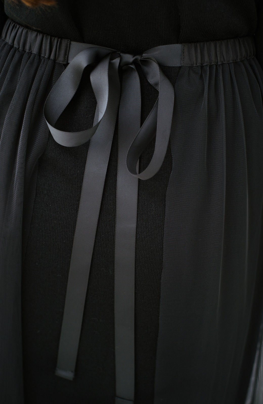 haco! 着こなし無限!自由自在なスリットロングニットとチェックプリーツスカートとチュール巻きスカートの3点セット <ブラック>の商品写真13