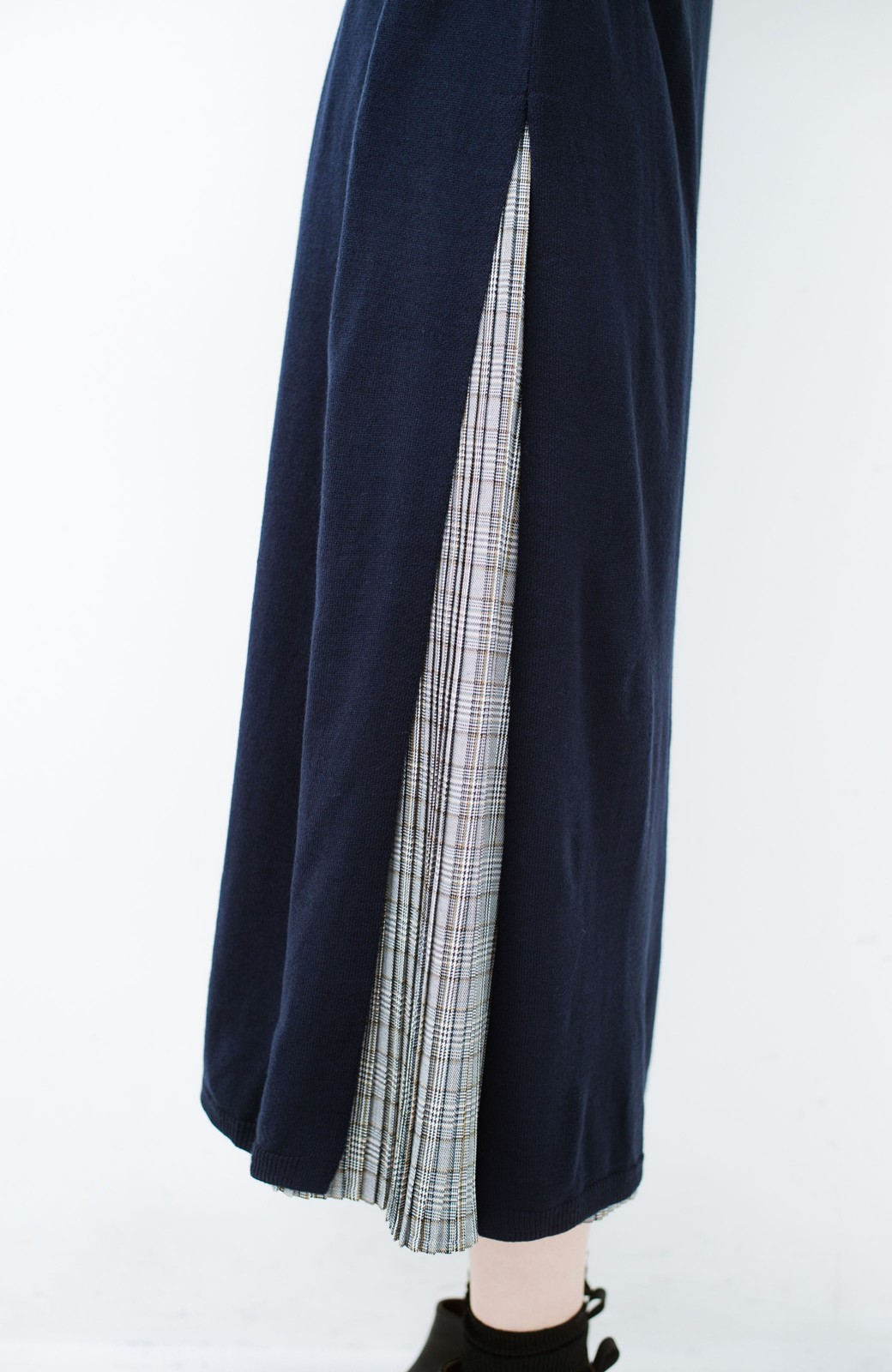 haco! 着こなし無限!自由自在なスリットロングニットとチェックプリーツスカートとチュール巻きスカートの3点セット <ネイビー>の商品写真8