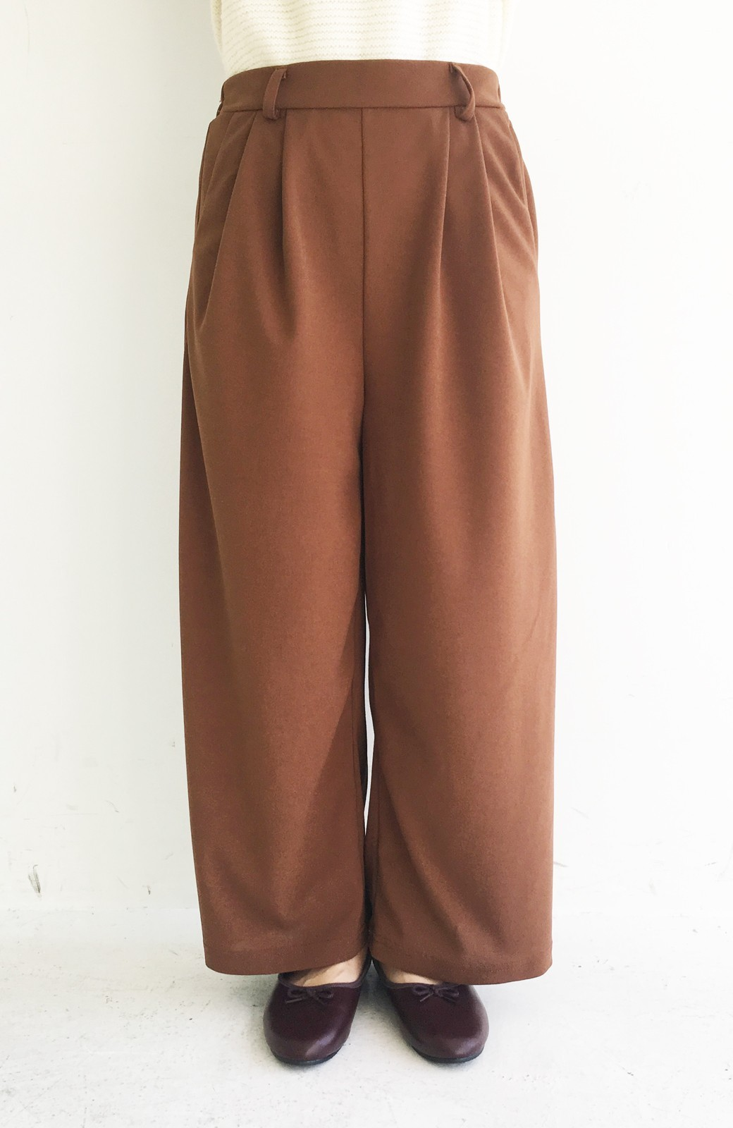 haco! きれいに見えて実は動きやすい!とにかく便利な短め丈パンツ by Nohea <ライトブラウン>の商品写真8