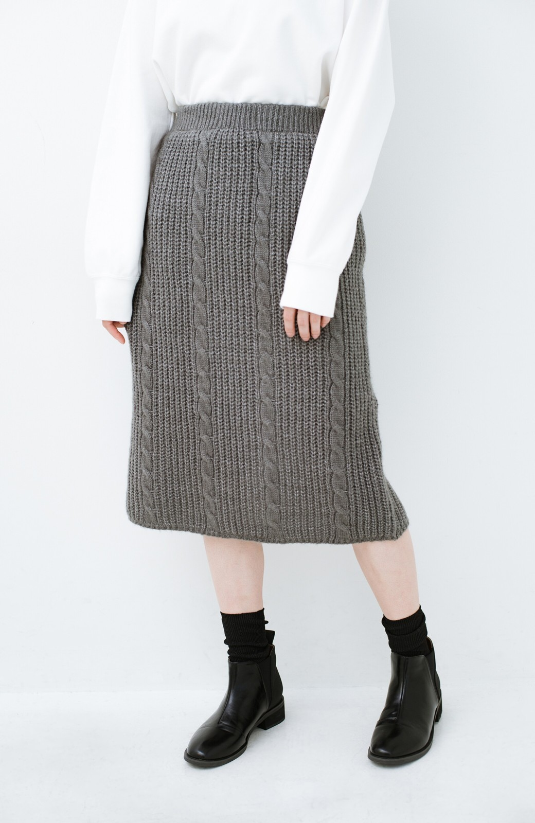 haco! しまった!寝坊した!ってときにも安心なケーブル編みがかわいいニットアップ <グレー>の商品写真28