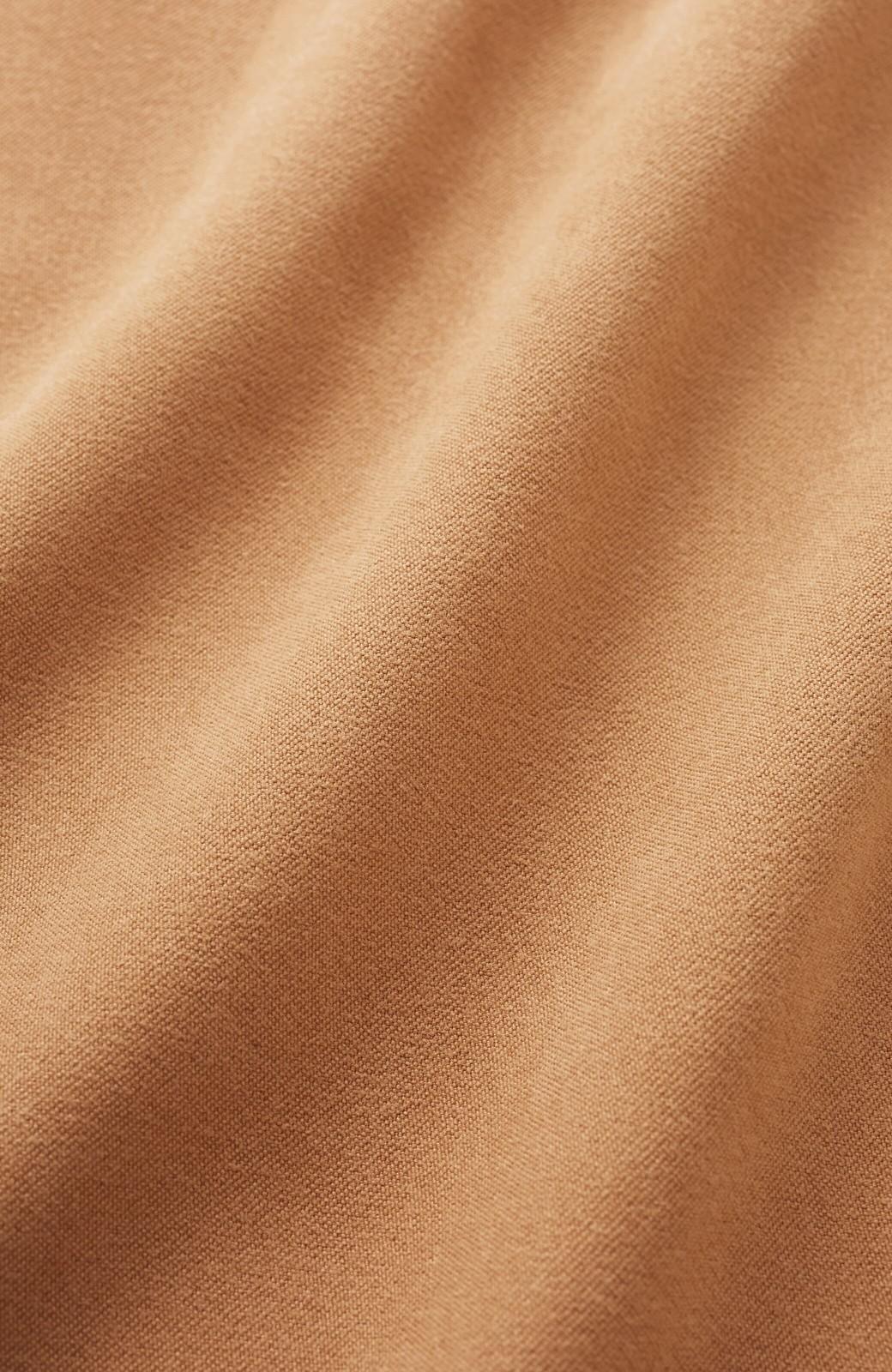 haco! 楽ちんなのにきれい見せが叶う ボタンがポイントの大人スカート <ベージュ>の商品写真5