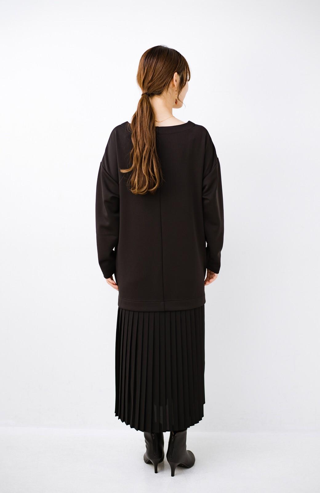 haco! 前はシンプルで着やすい&後ろ姿は最高にかわいい プリーツスウェットワンピース <ブラック>の商品写真13