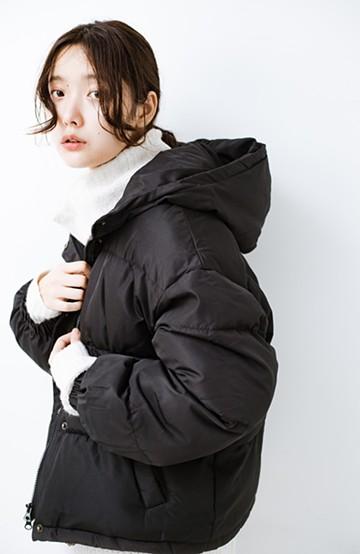 haco! 軽くてあったか!そのうえ短め丈でバランスよく見える中綿コート by ZAMPA <ブラック>の商品写真