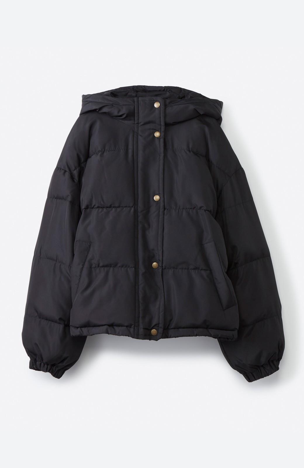 haco! 軽くてあったか!そのうえ短め丈でバランスよく見える中綿コート by ZAMPA <ブラック>の商品写真2