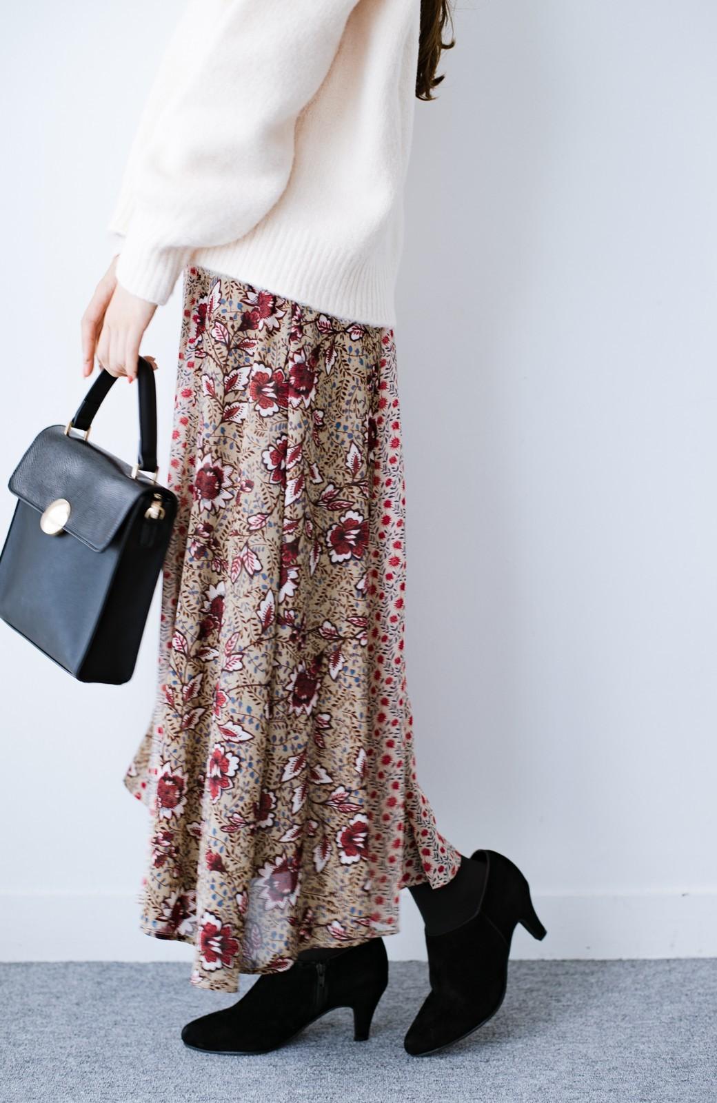 haco! 【洗濯機洗いOK】シンプルなトップスに合わせるだけでかわいくなれる MIX柄スカート <ベージュ系その他>の商品写真4
