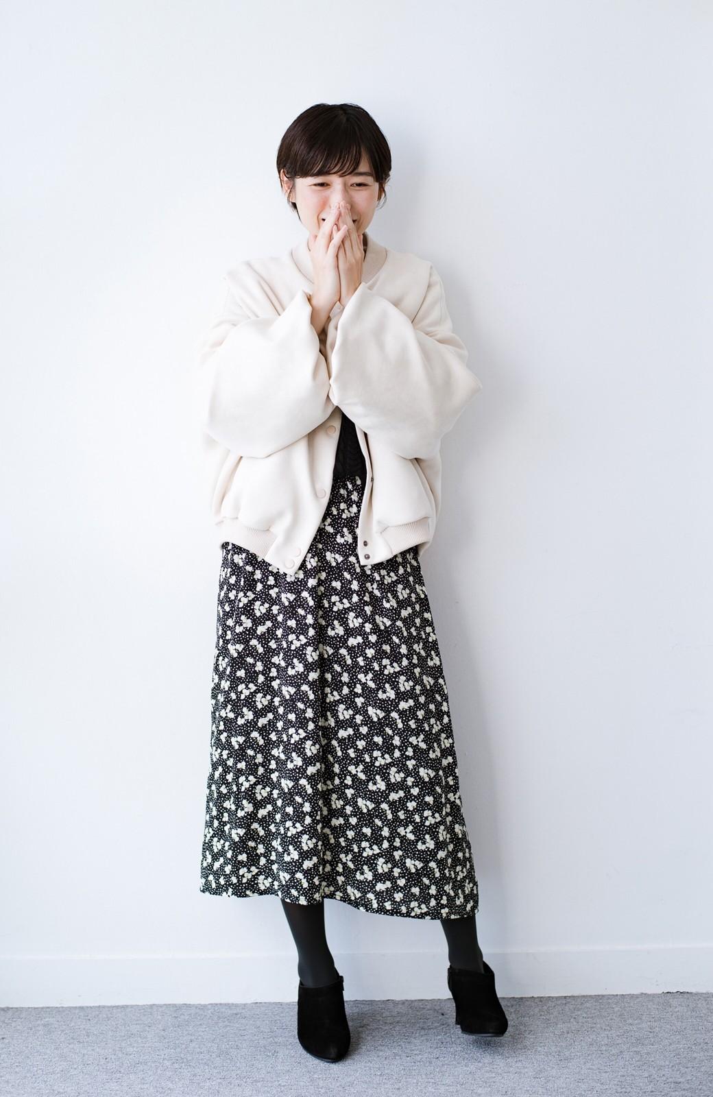 haco! 【ずぼら党】迷う時間ゼロ!コーデが即完成!気取らず着られて洗濯機洗いできるニットワンピース&柄スカートセット <ベージュ>の商品写真17