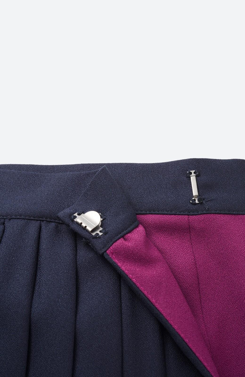 haco! 【背が小さい党】丈もウエストもぴったりサイズ!背が小さくたってすらーっと見えるプリーツスカート <ネイビー>の商品写真5