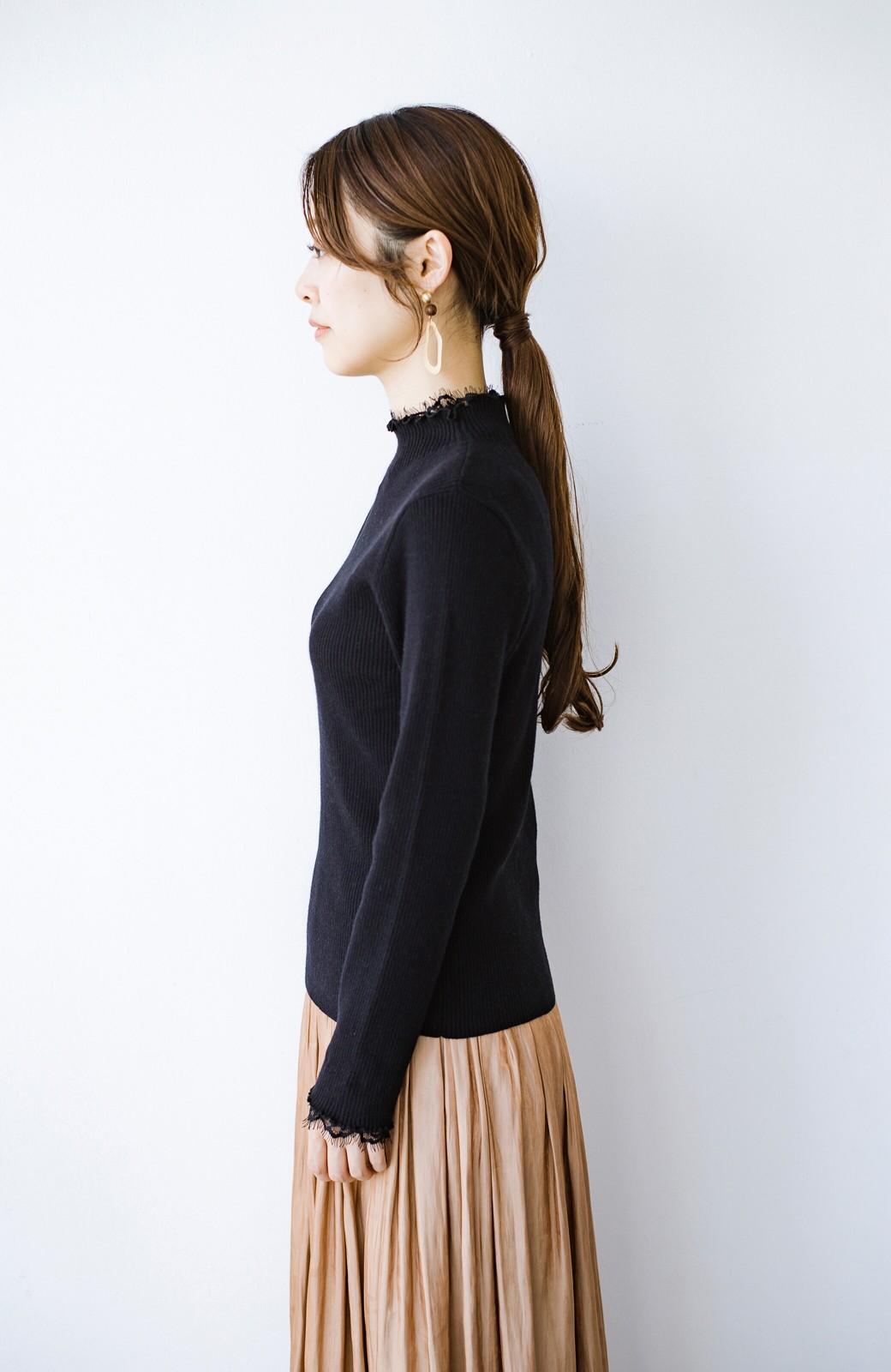 haco! 1枚でも重ね着でも便利!合わせやすくてかわいげを足せる 衿レース付きニットby style zampa <ブラック>の商品写真13