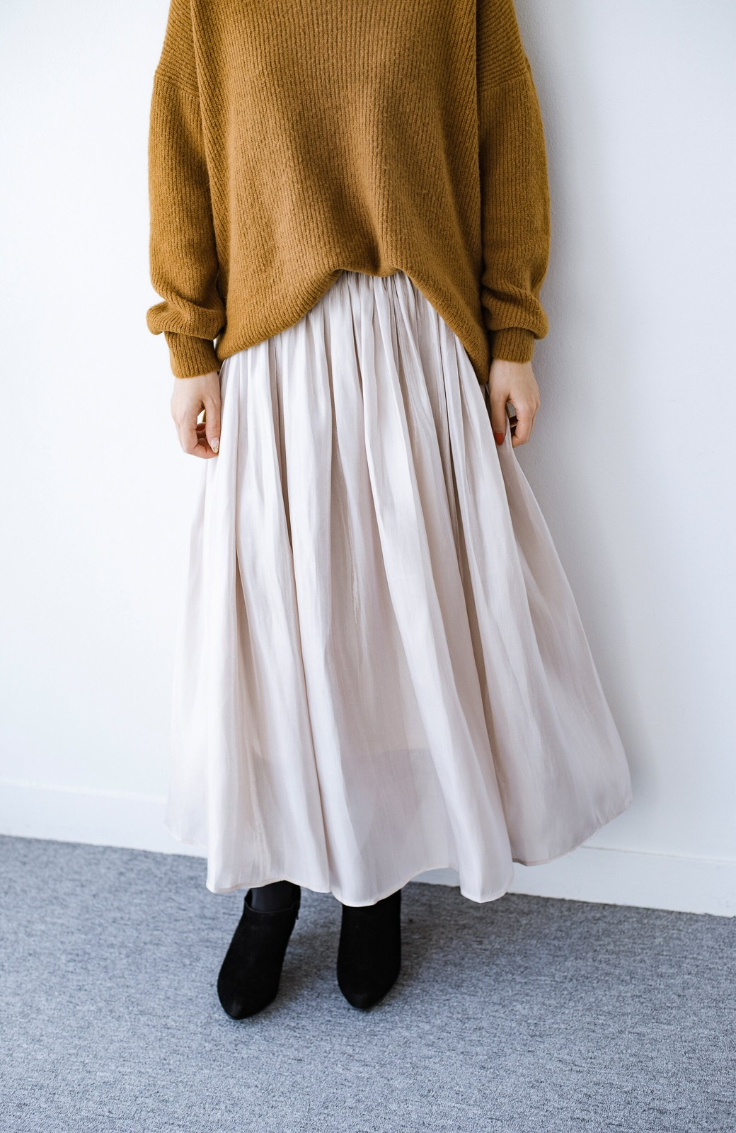 haco! 【人気のため新色追加!】1枚でも重ね着にも便利なキラキラ素材がかわいいロングスカート by laulea <アイボリー>の商品写真3
