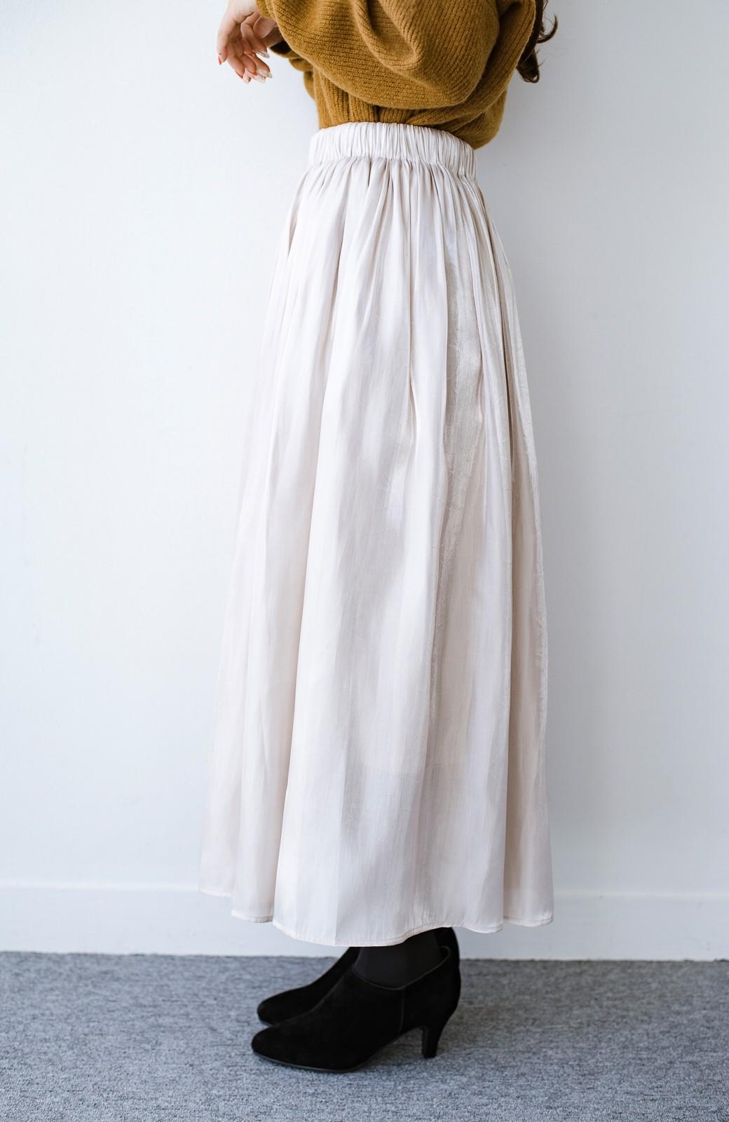 haco! 【人気のため新色追加!】1枚でも重ね着にも便利なキラキラ素材がかわいいロングスカート by laulea <アイボリー>の商品写真6