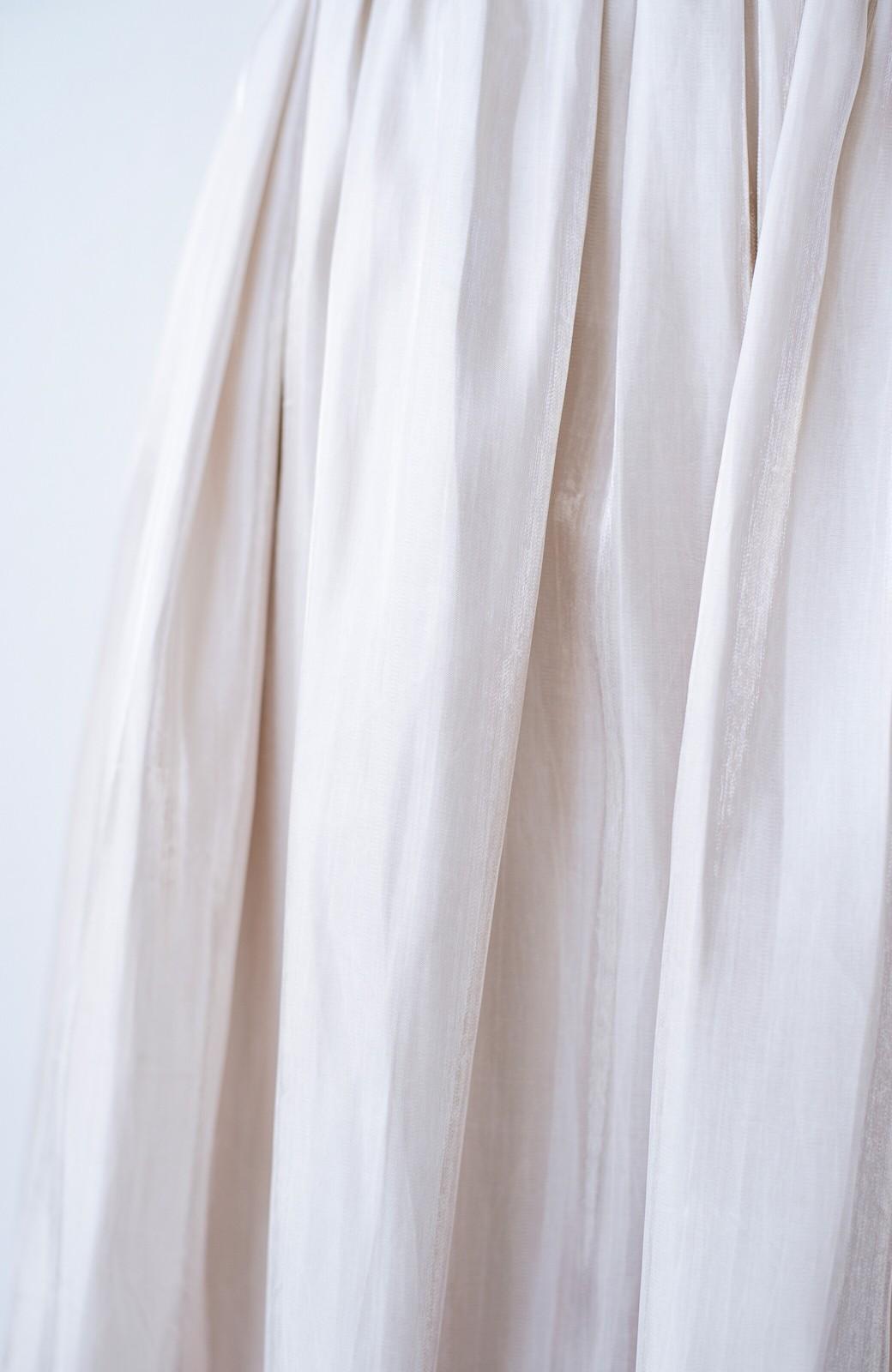 haco! 【人気のため新色追加!】1枚でも重ね着にも便利なキラキラ素材がかわいいロングスカート by laulea <アイボリー>の商品写真9