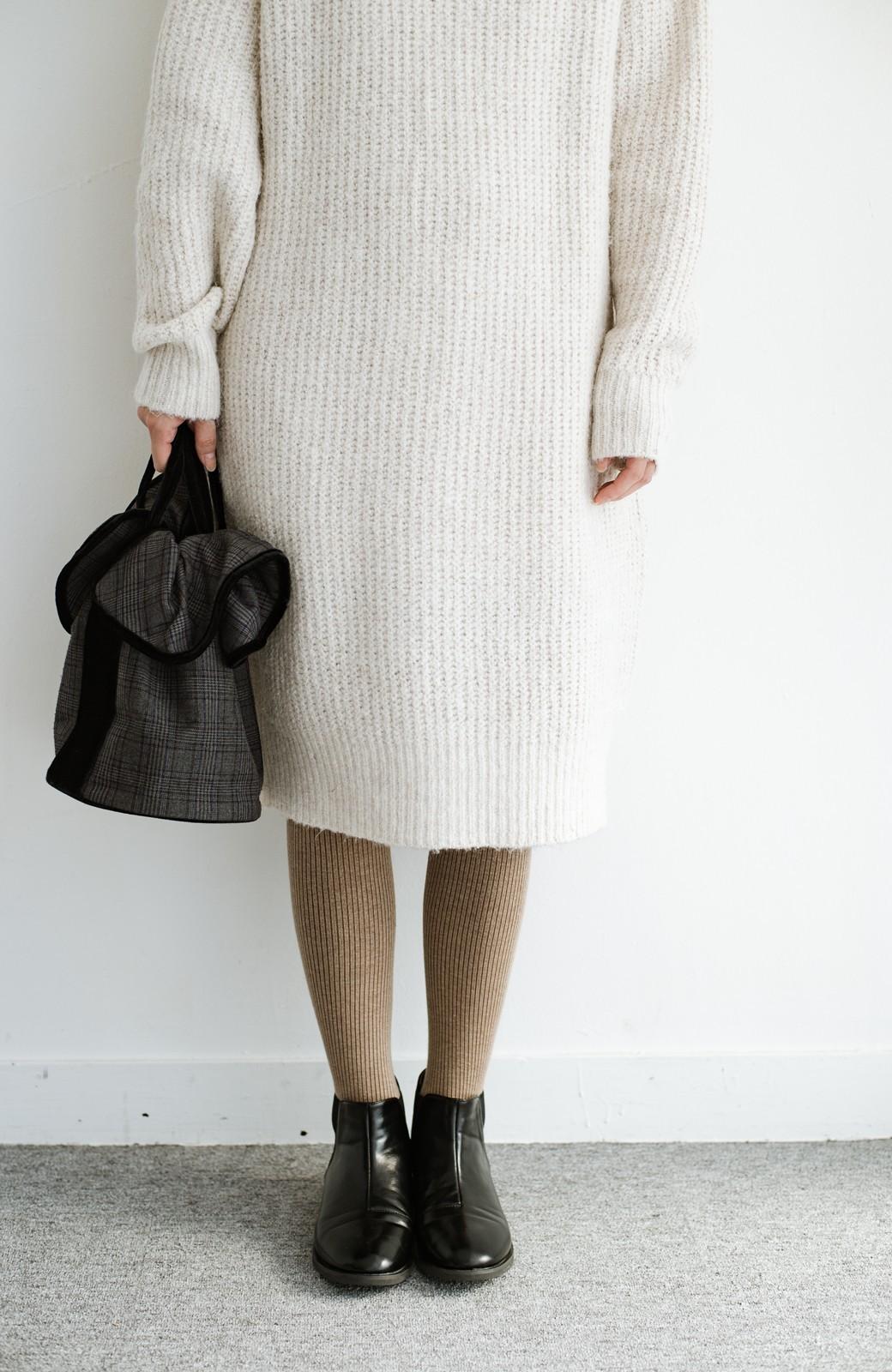 haco! 単品でも重ね着にも便利!ミックス糸がかわいいタートルニットワンピース <アイボリー>の商品写真10