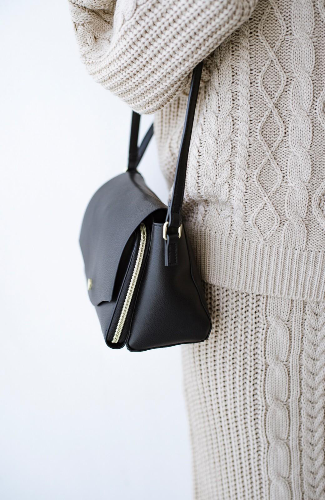 haco! Legato Largo かるいかばんシリーズ 軽量ボンディングフェイクレザー お財布ショルダーバッグ <ブラック>の商品写真3