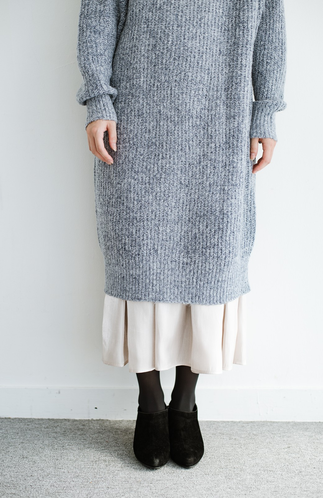 haco! 【人気のため新色追加!】1枚でも重ね着にも便利なキラキラ素材がかわいいロングスカート by laulea <アイボリー>の商品写真10
