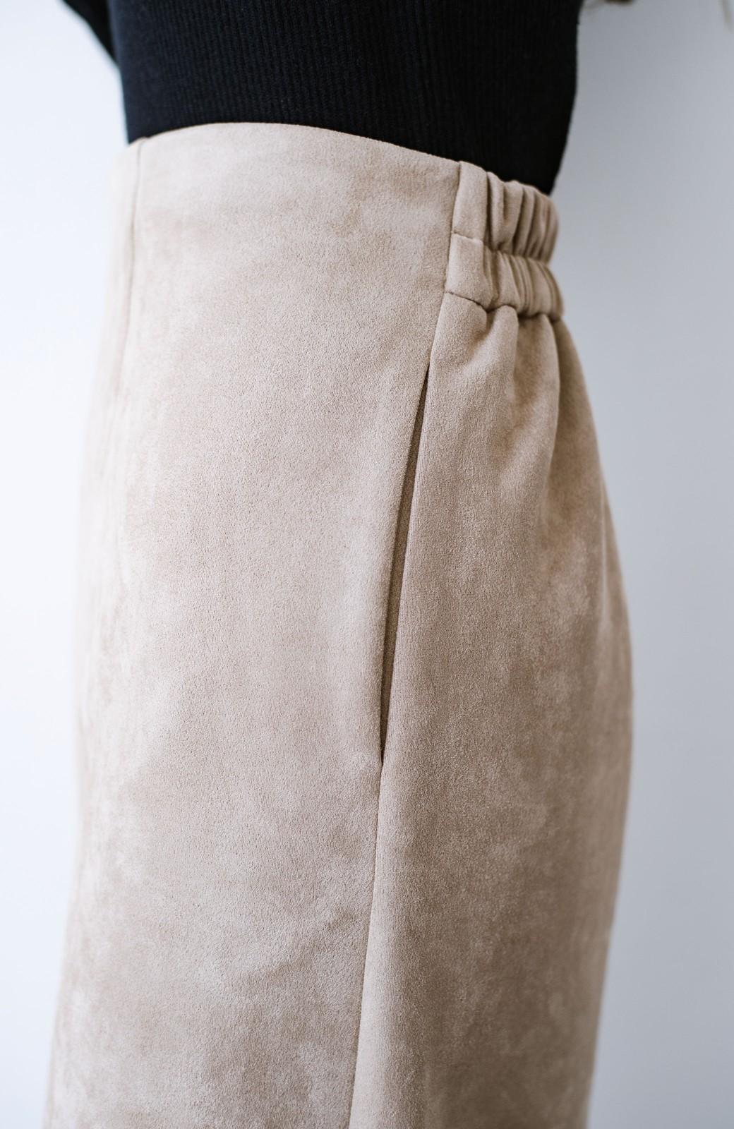 haco! 楽ちん便利に女っぽが叶う カットソーフェイクスエードのタイトスカートby laulea <ライトベージュ>の商品写真3