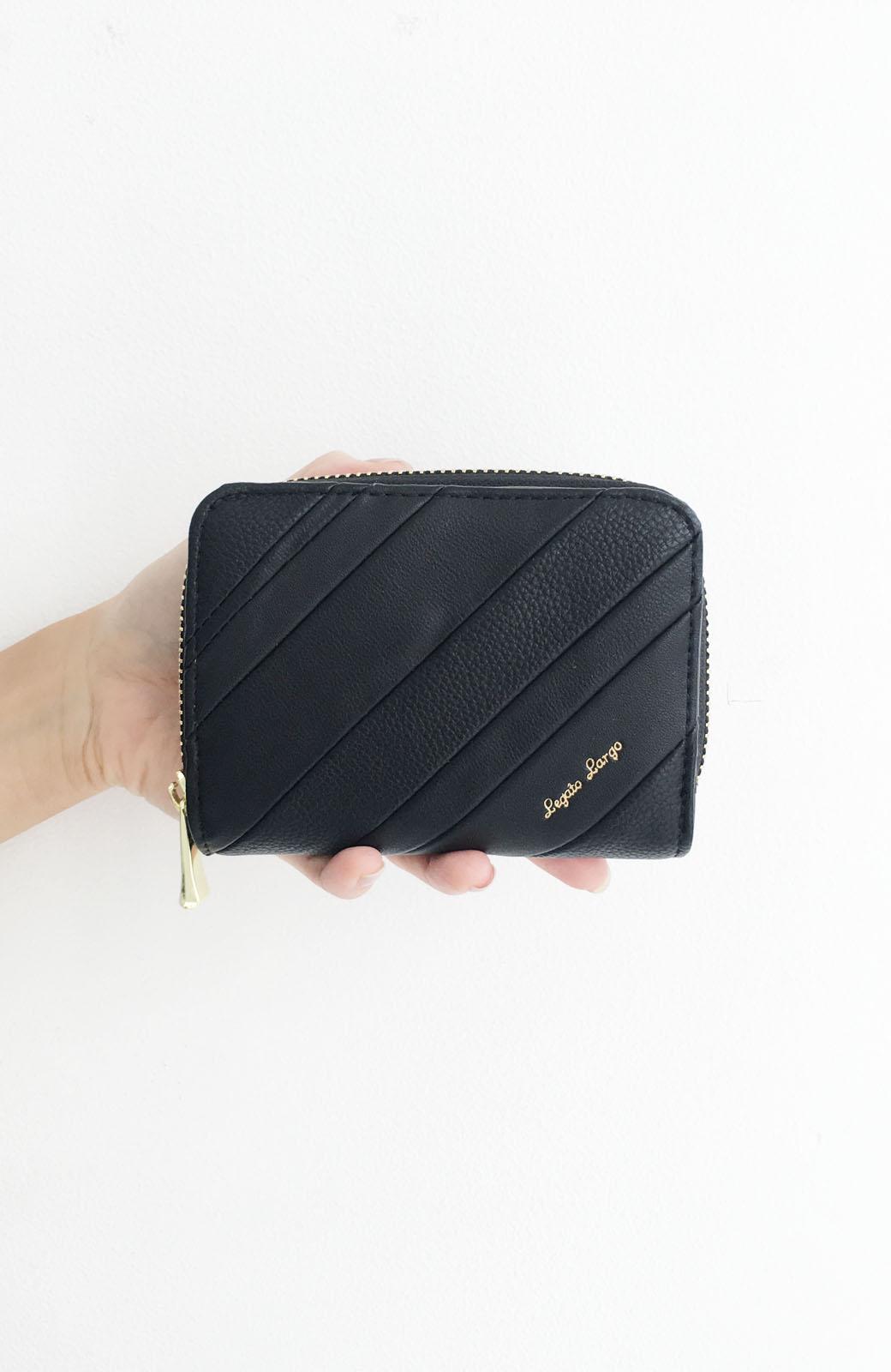 haco! Legato Largo ストライプの切り替えが華やかな二つ折財布 <ブラック>の商品写真4