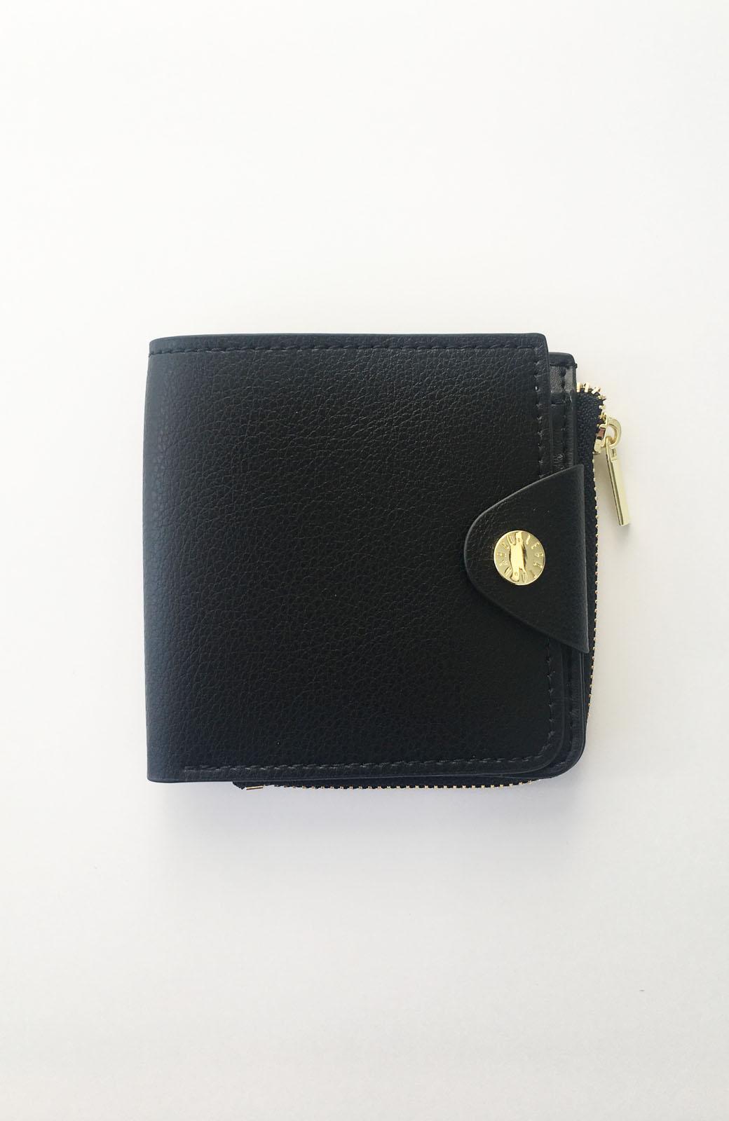 haco! Legato Largo うすいサイフシリーズ 軽量ボンディングフェイクレザー 二つ折り財布 <ブラック>の商品写真1
