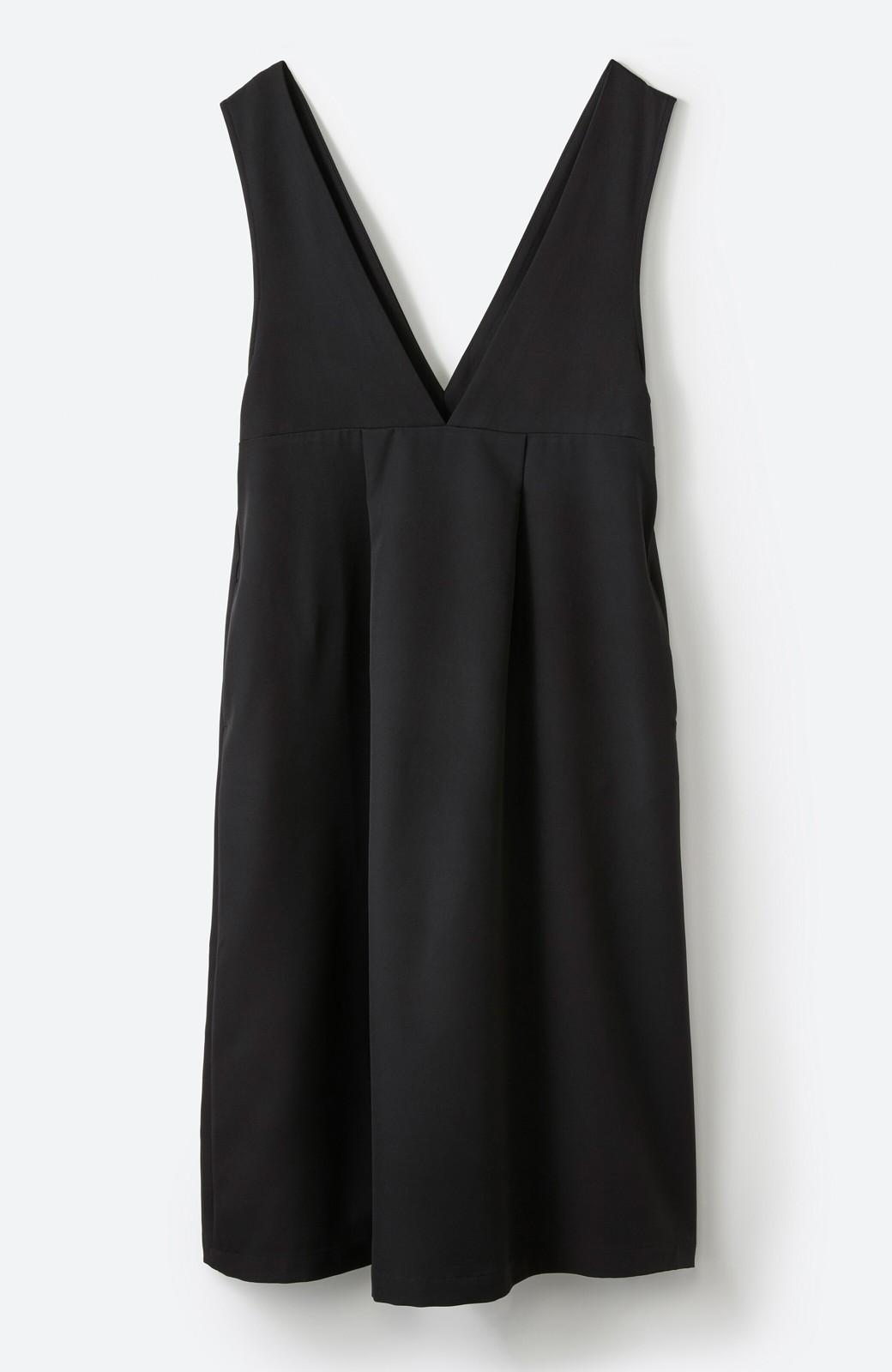 haco! ニットにもTシャツにも似合う ずっと着られてパッと華やぐジャンパースカート <ブラック>の商品写真23