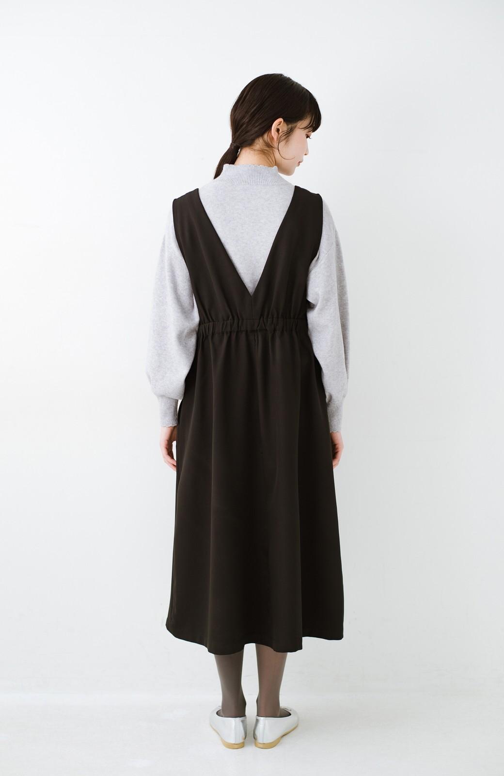 haco! ニットにもTシャツにも似合う ずっと着られてパッと華やぐジャンパースカート <ブラック>の商品写真17