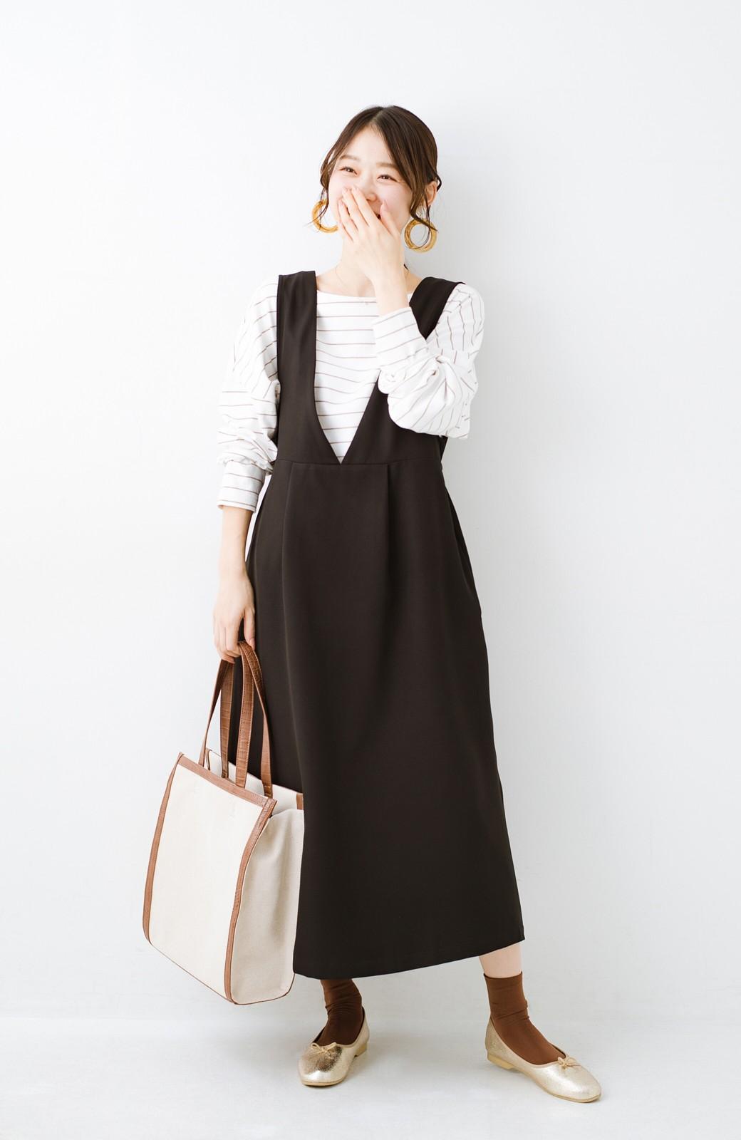 haco! ニットにもTシャツにも似合う ずっと着られてパッと華やぐジャンパースカート <ブラック>の商品写真8