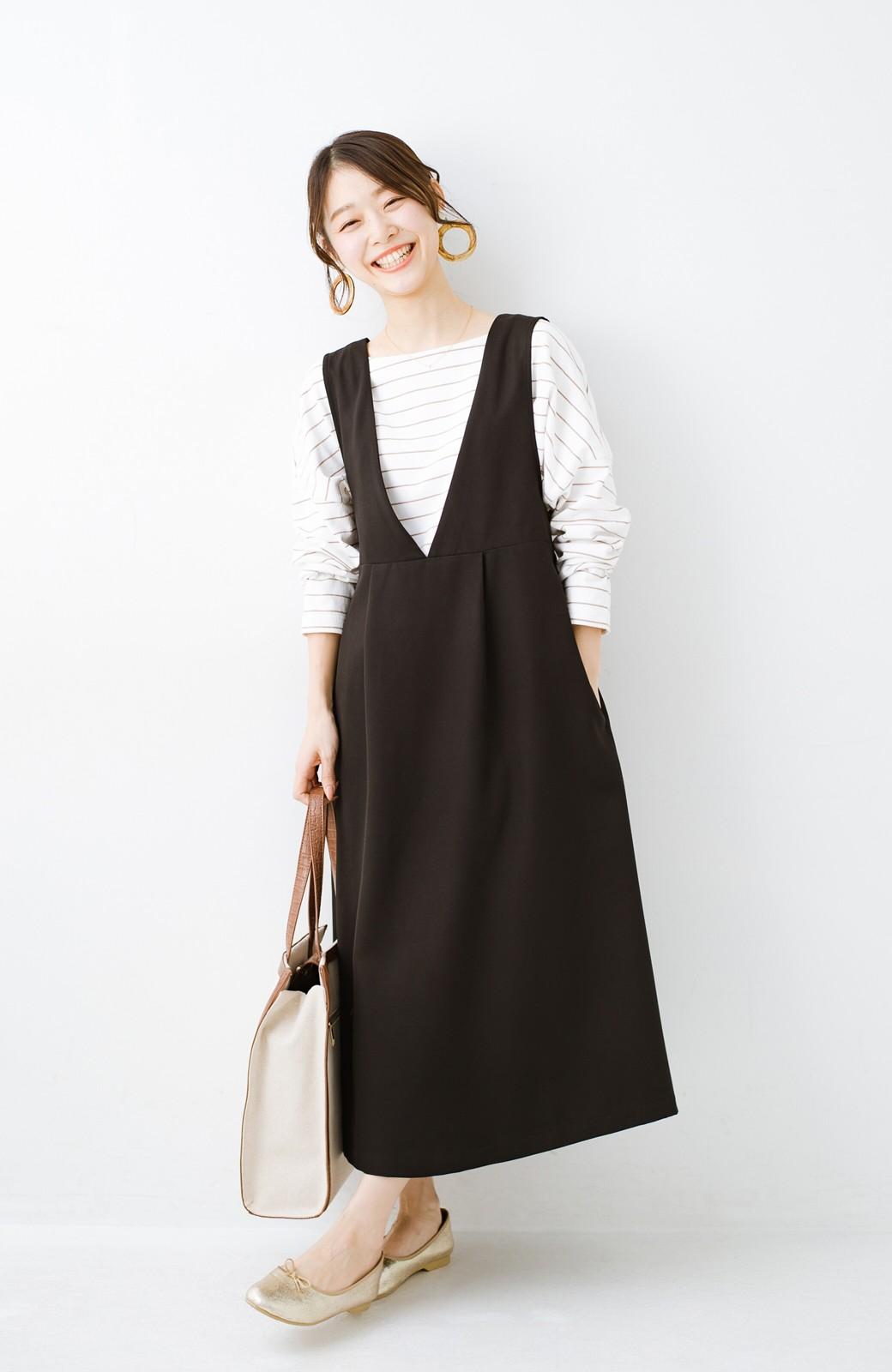 haco! ニットにもTシャツにも似合う ずっと着られてパッと華やぐジャンパースカート <ブラック>の商品写真14
