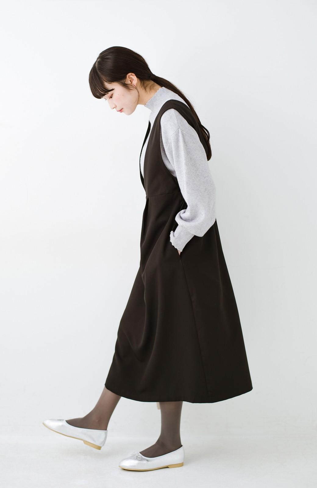 haco! ニットにもTシャツにも似合う ずっと着られてパッと華やぐジャンパースカート <ブラック>の商品写真9