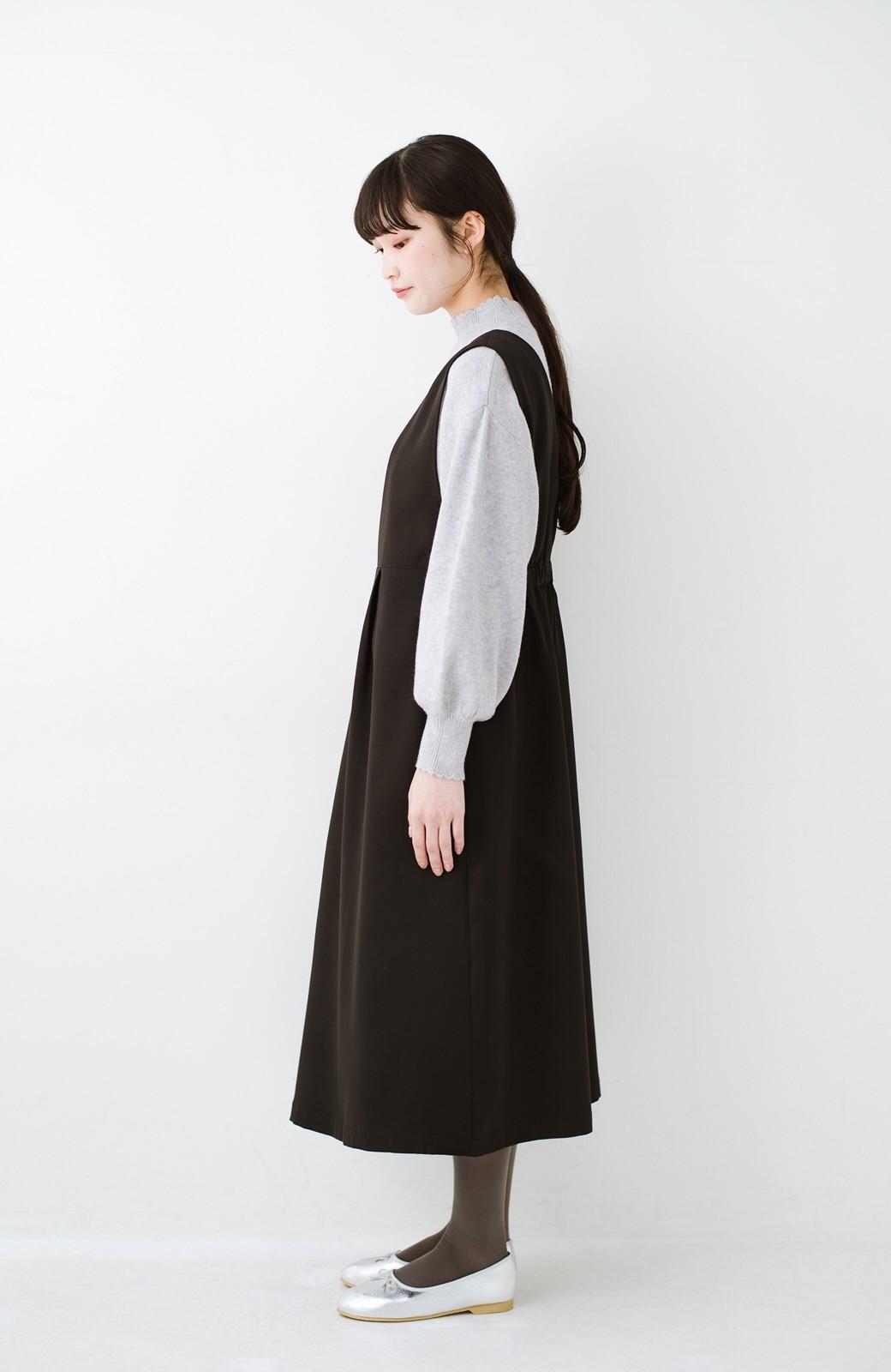 haco! ニットにもTシャツにも似合う ずっと着られてパッと華やぐジャンパースカート <ブラック>の商品写真15