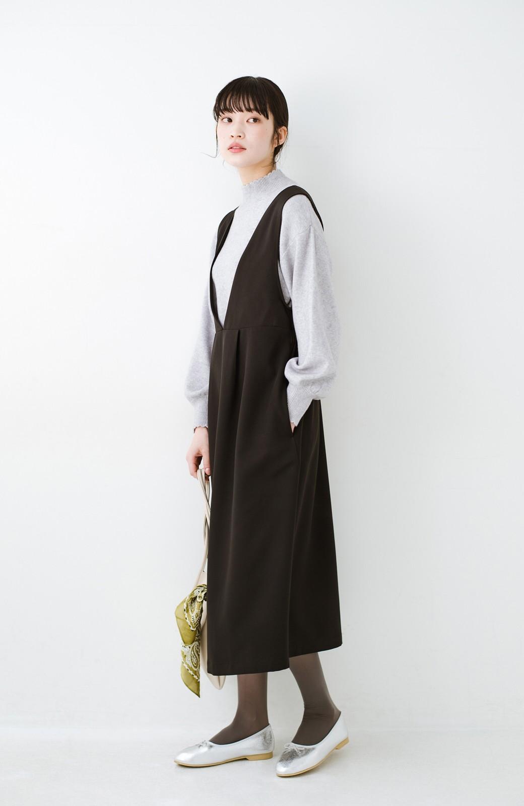 haco! ニットにもTシャツにも似合う ずっと着られてパッと華やぐジャンパースカート <ブラック>の商品写真12