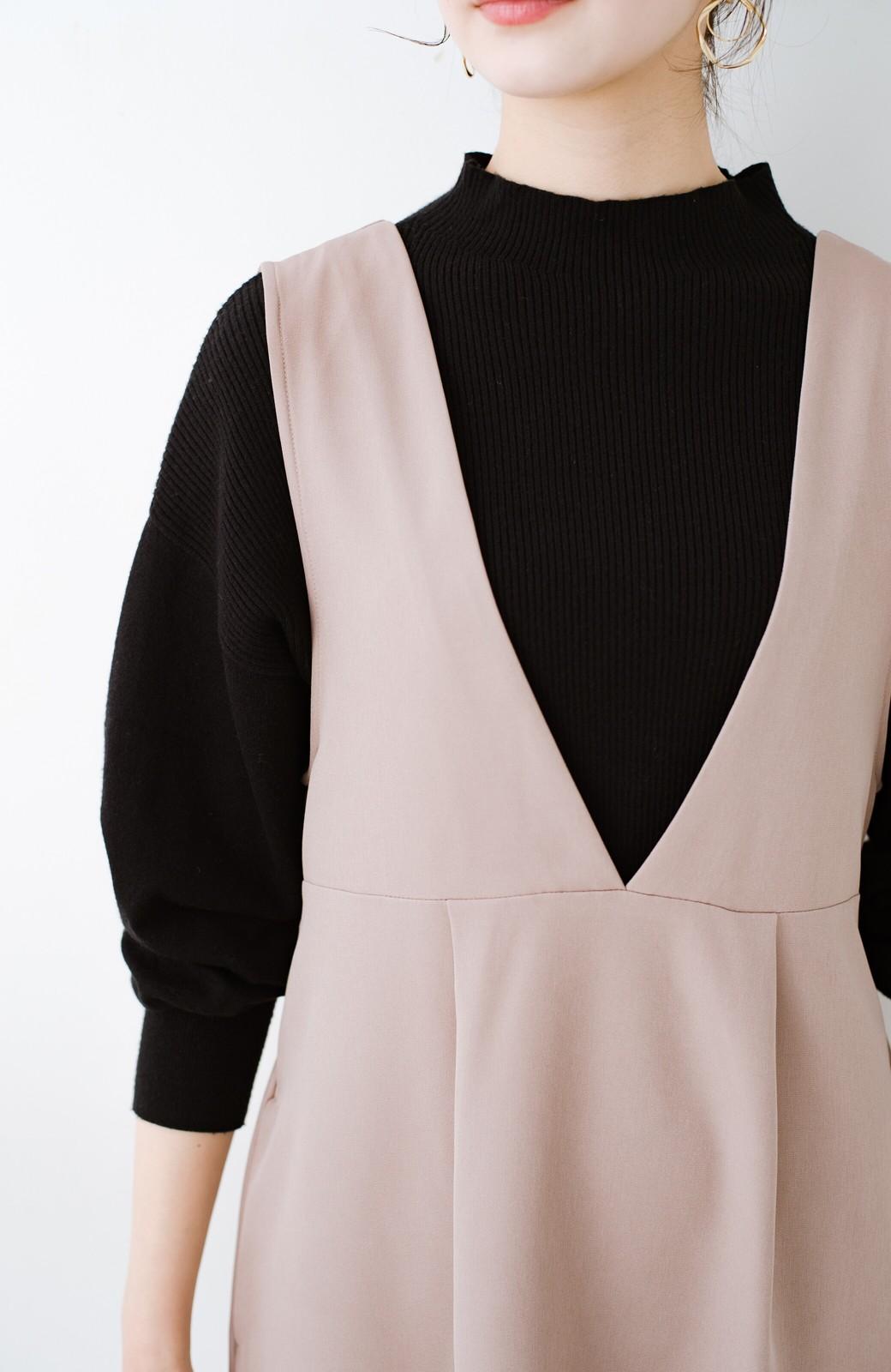 haco! ニットにもTシャツにも似合う ずっと着られてパッと華やぐジャンパースカート <ピンクベージュ>の商品写真5