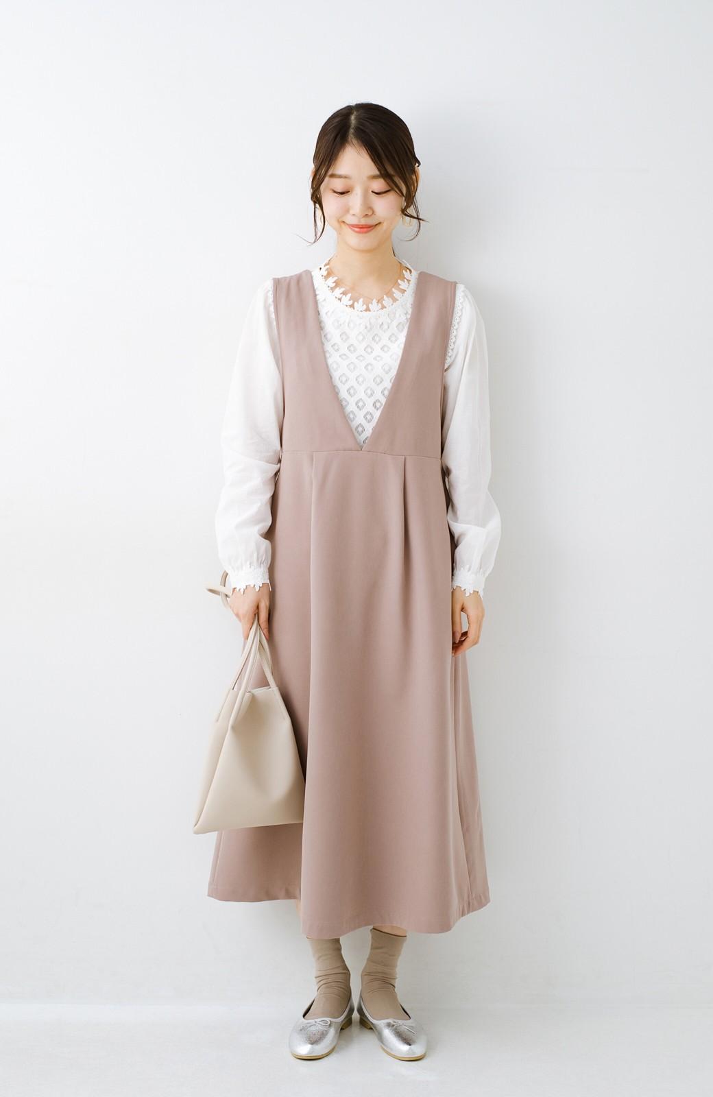 haco! ニットにもTシャツにも似合う ずっと着られてパッと華やぐジャンパースカート <ピンクベージュ>の商品写真12