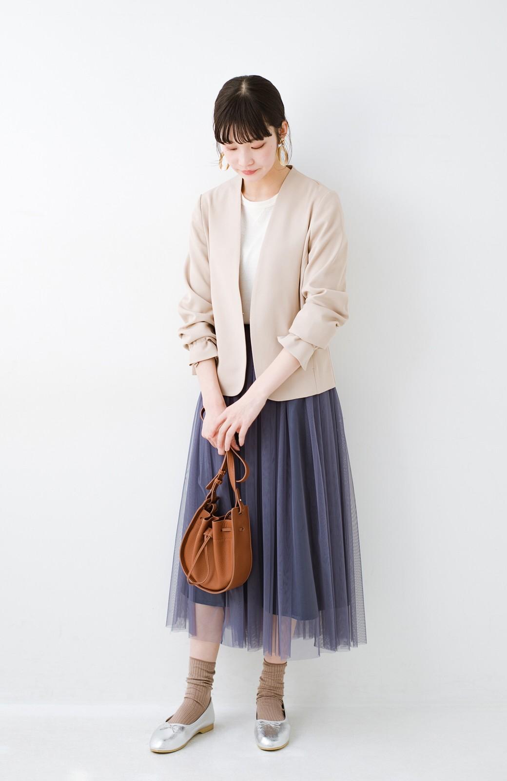 haco! 着るだけでルンとした気分になる! 長ーーい季節着られてずっと使えるオトナのためのチュールスカート <ネイビー>の商品写真5